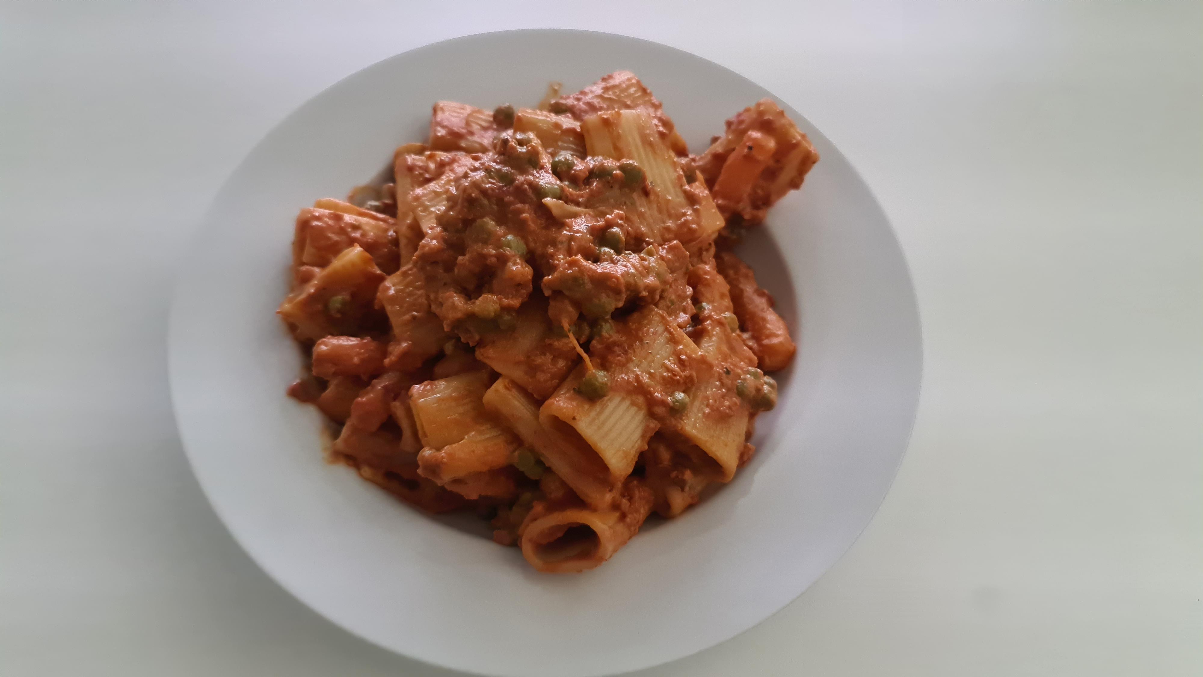 https://foodloader.net/Holz_2020-08-21_Rigatoni_Ricotta_e_Noci.jpg