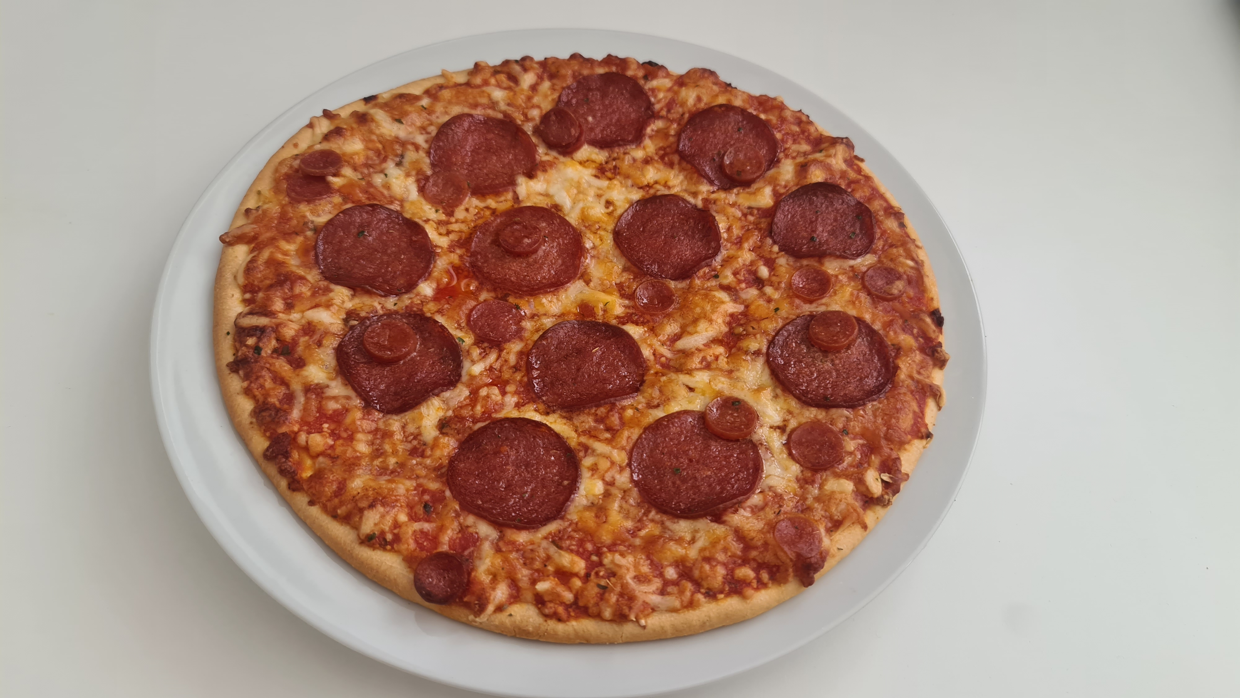 https://foodloader.net/Holz_2020-08-23_Pizza.jpg