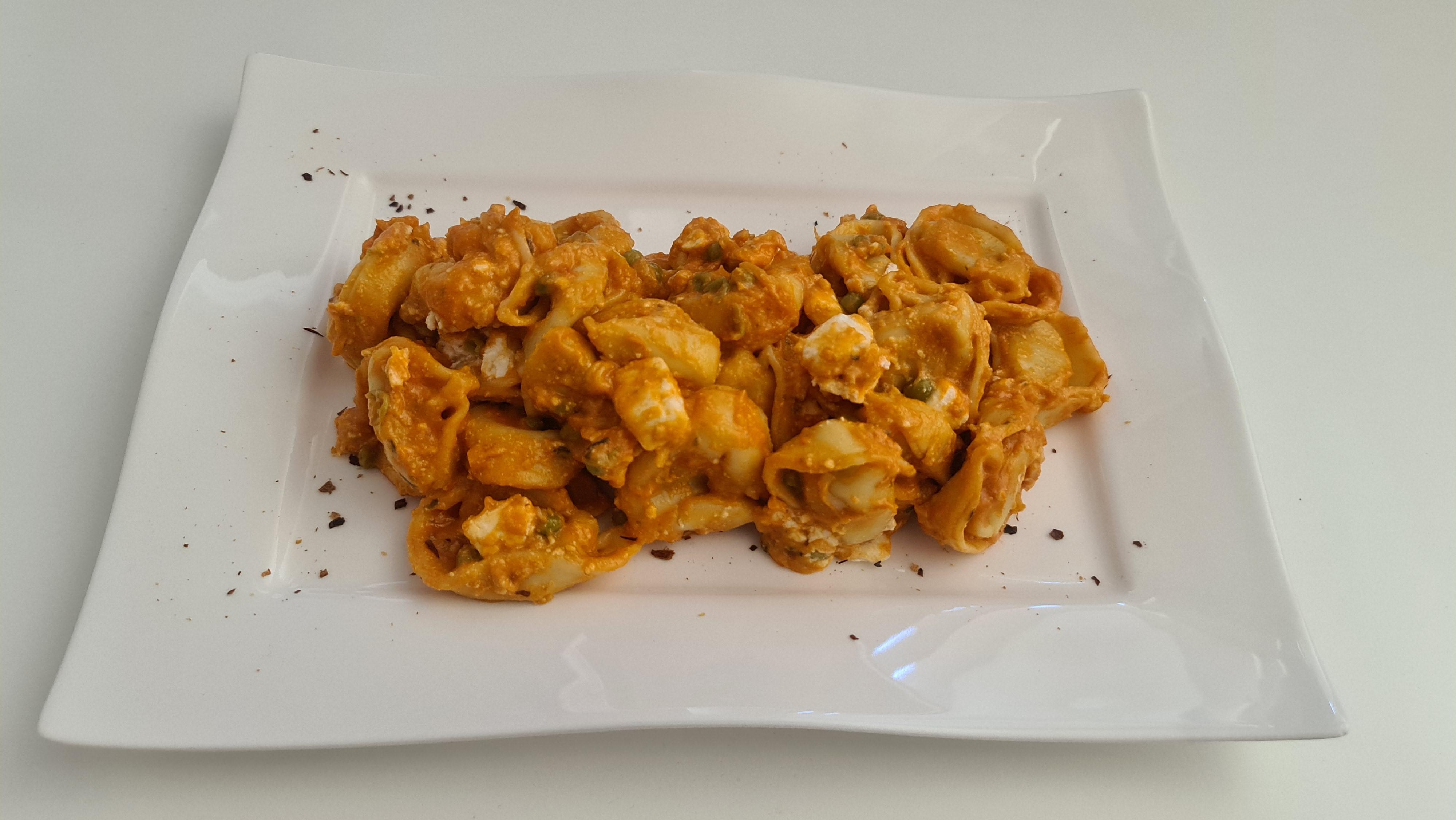 https://foodloader.net/Holz_2020-09-08_Tortelloni_Quattro_Formaggi_Rosso.jpg