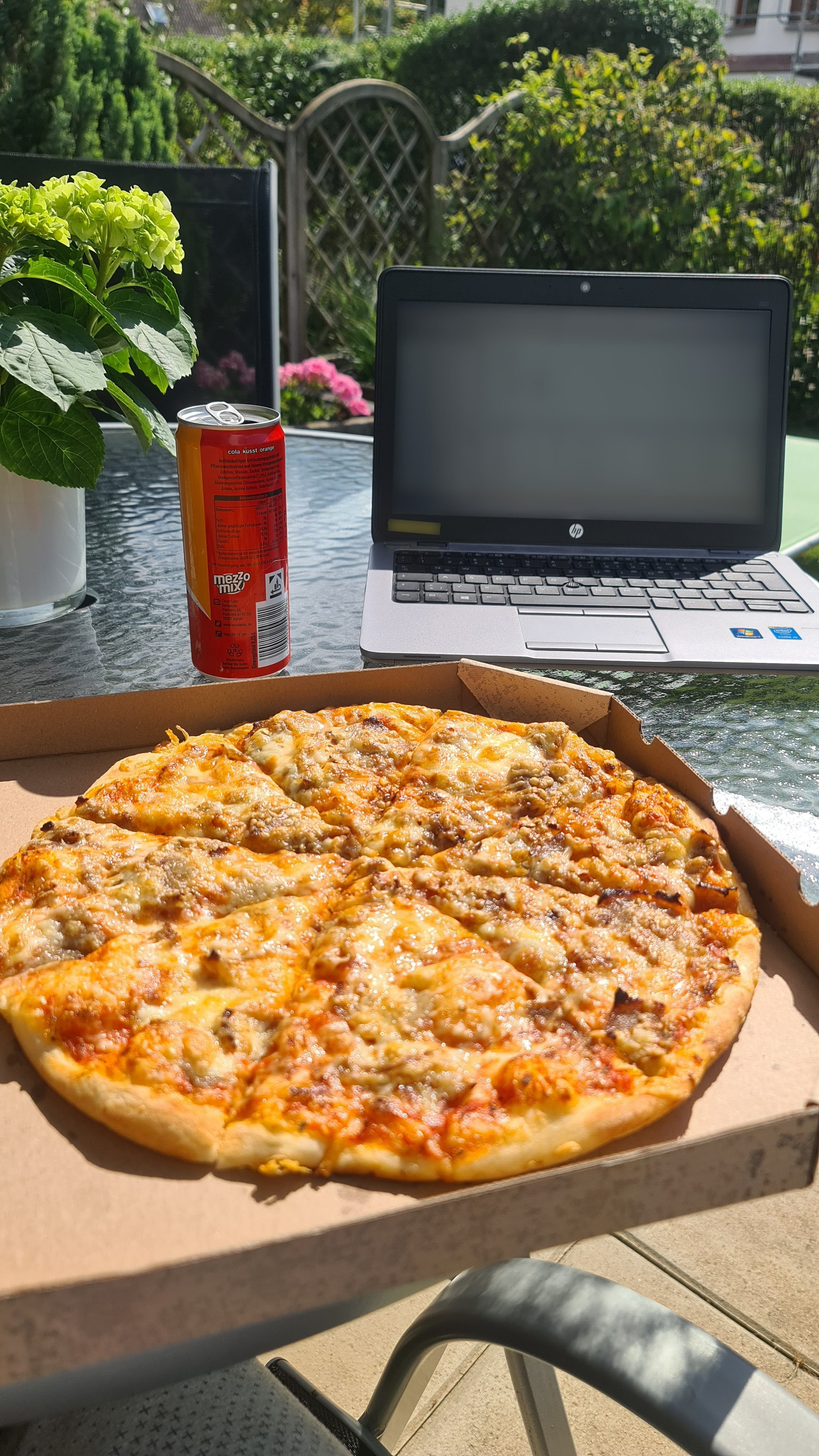 https://foodloader.net/Holz_2020-09-11_Pizza.jpg