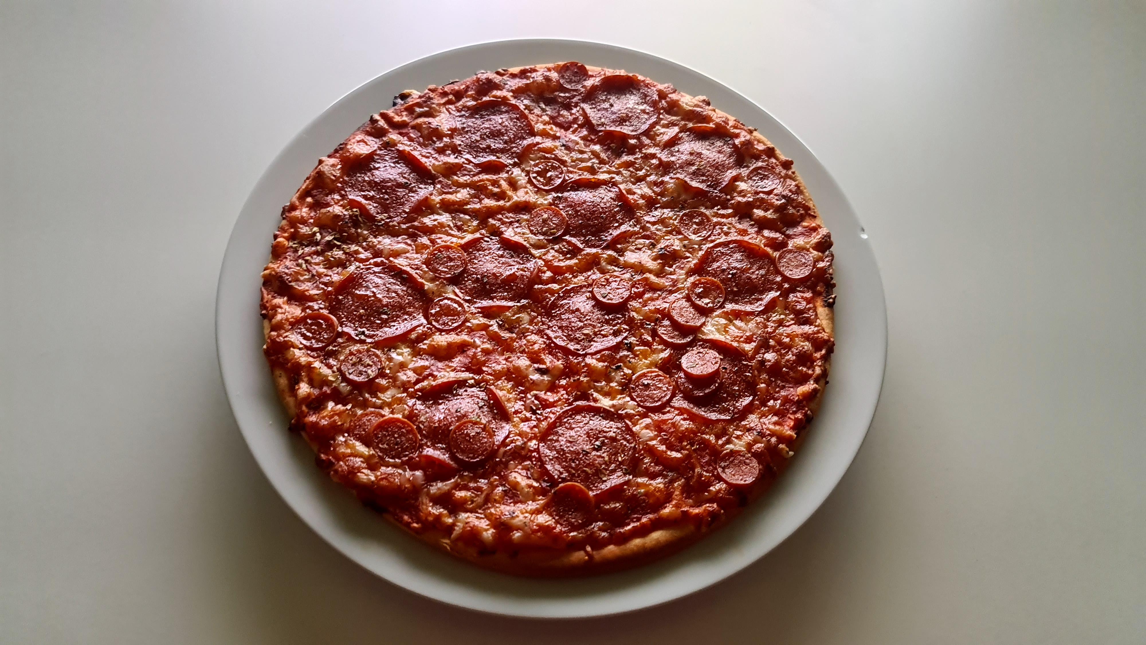 https://foodloader.net/Holz_2020-09-30_Pizza.jpg