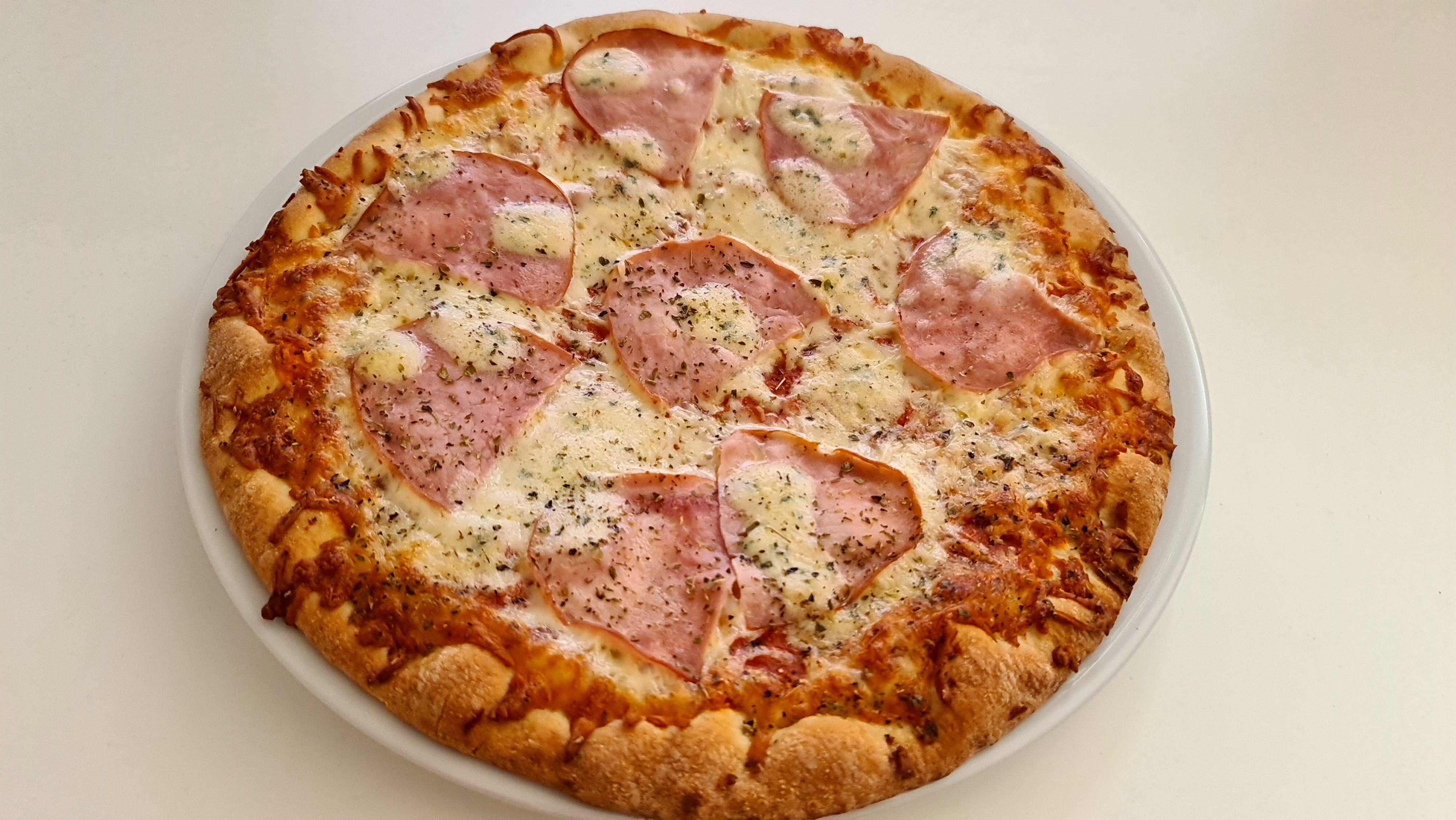 https://foodloader.net/Holz_2020-11-14_Pizza.jpg