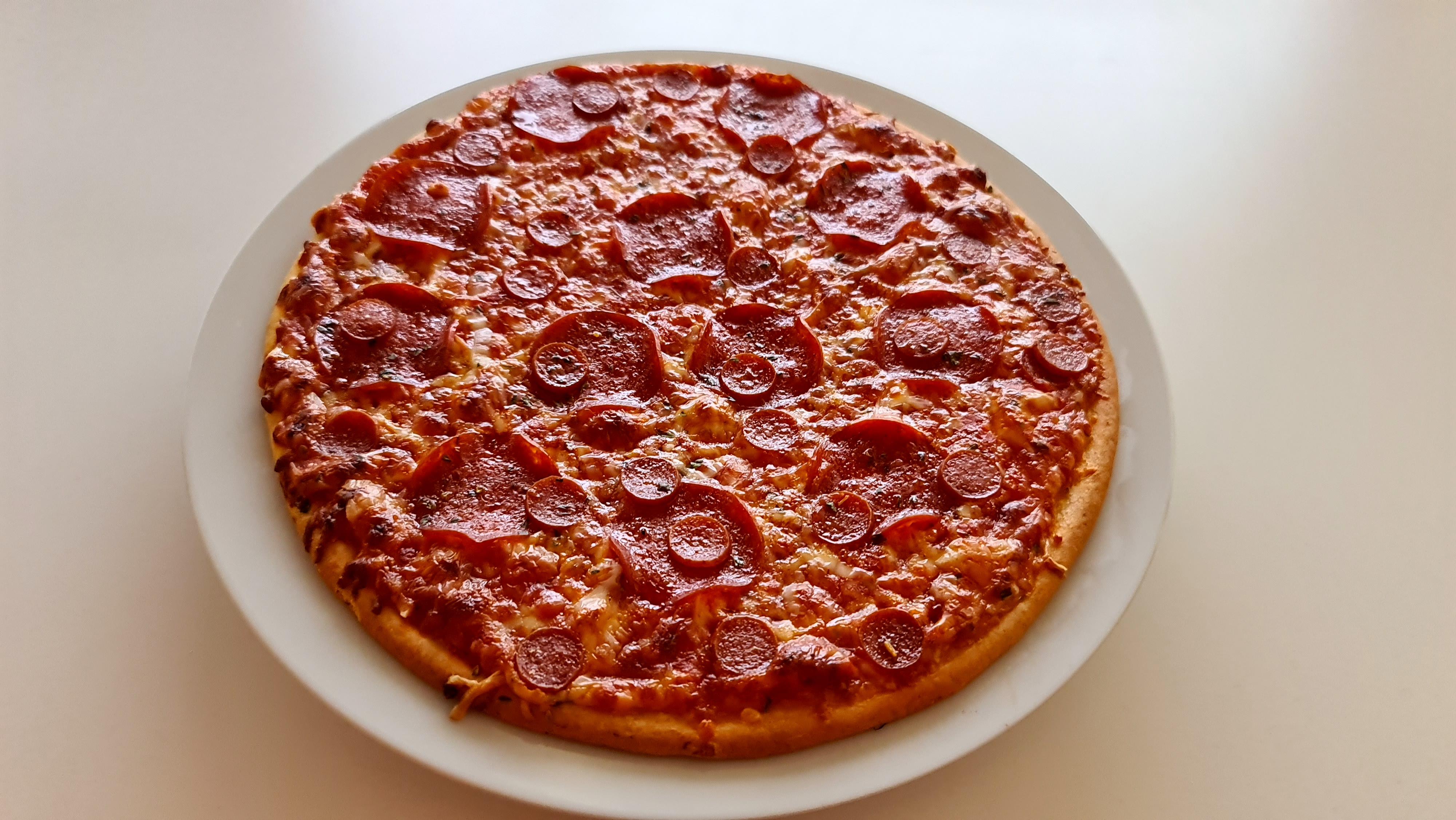 https://foodloader.net/Holz_2020-11-26_Pizza.jpg