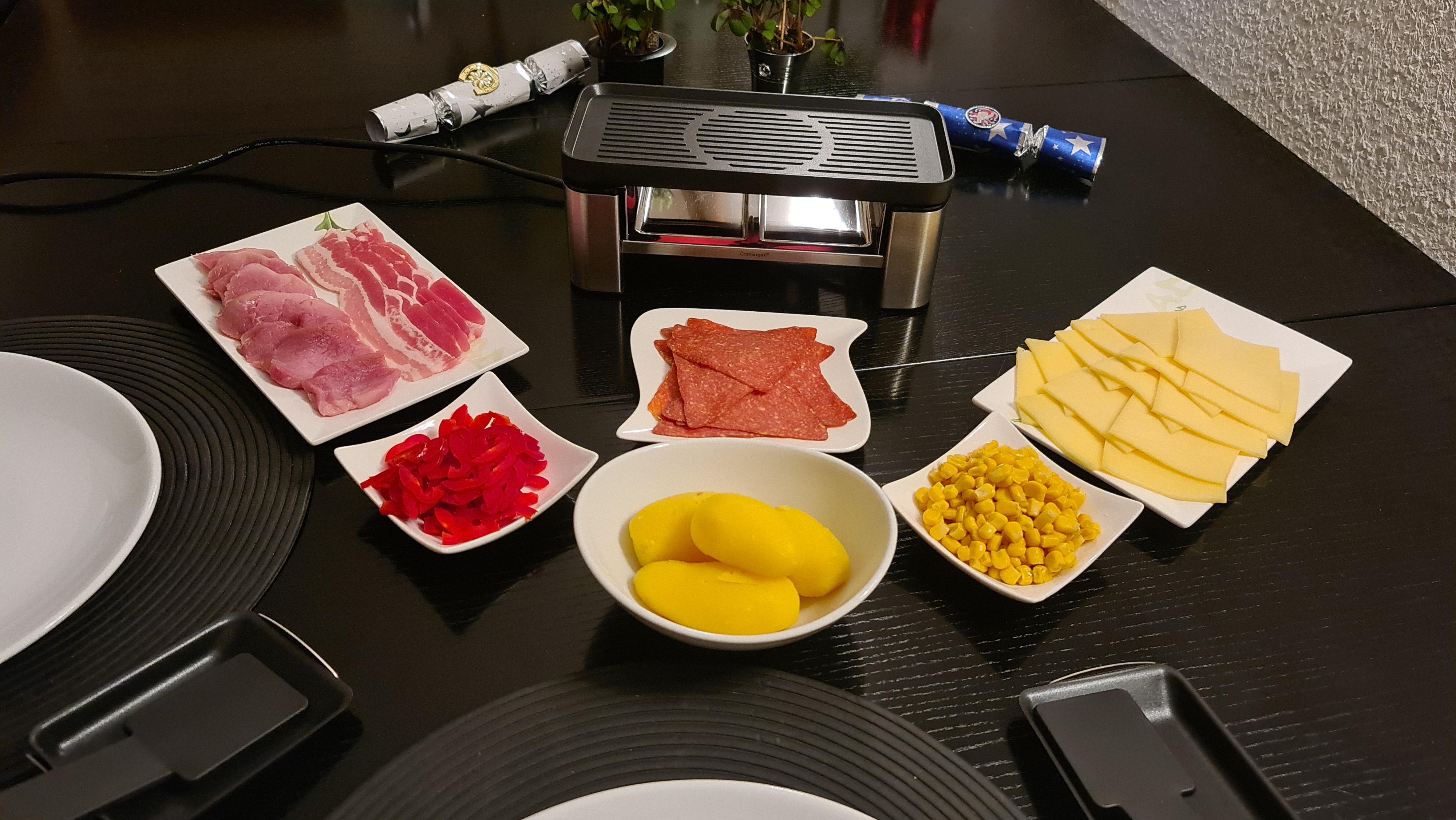 https://foodloader.net/Holz_2020-12-31_Mini-Raclette.jpg