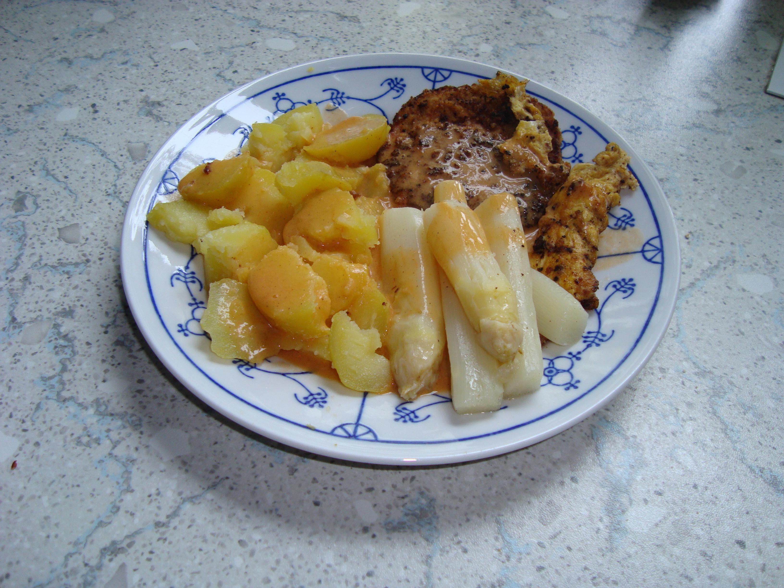 http://foodloader.net/Nemo_2009-04-18_Kasslerkotelett_mit_Kartoffeln_und_Spargel.jpg