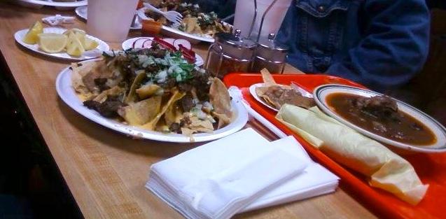 https://foodloader.net/Piba_2012-06-18_Beef_Cheesy_Nachos___Birria.jpg