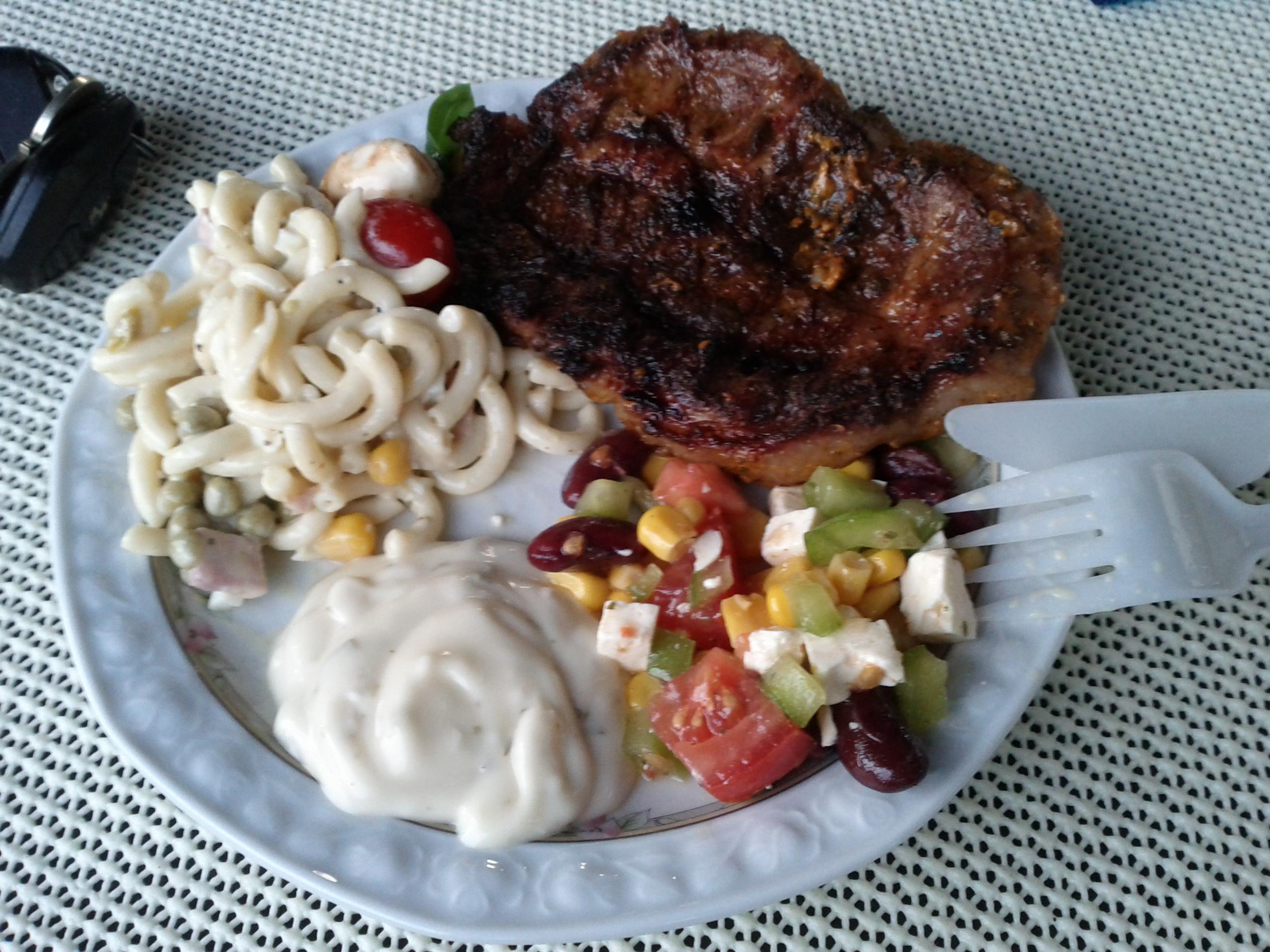 https://foodloader.net/bl1nk_2012-08-24_Grillen.jpg