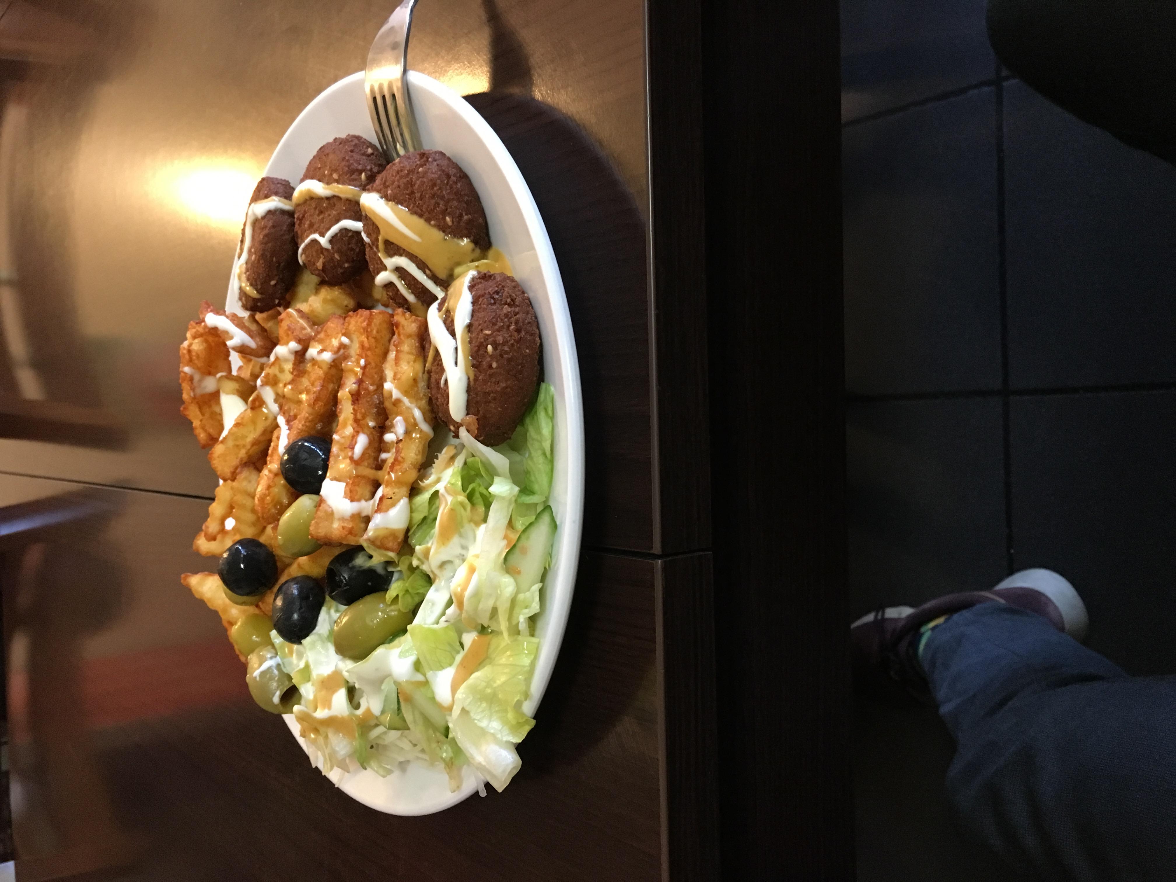 http://foodloader.net/blub_2017-11-16_vegetarischer_D__nerteller.jpg
