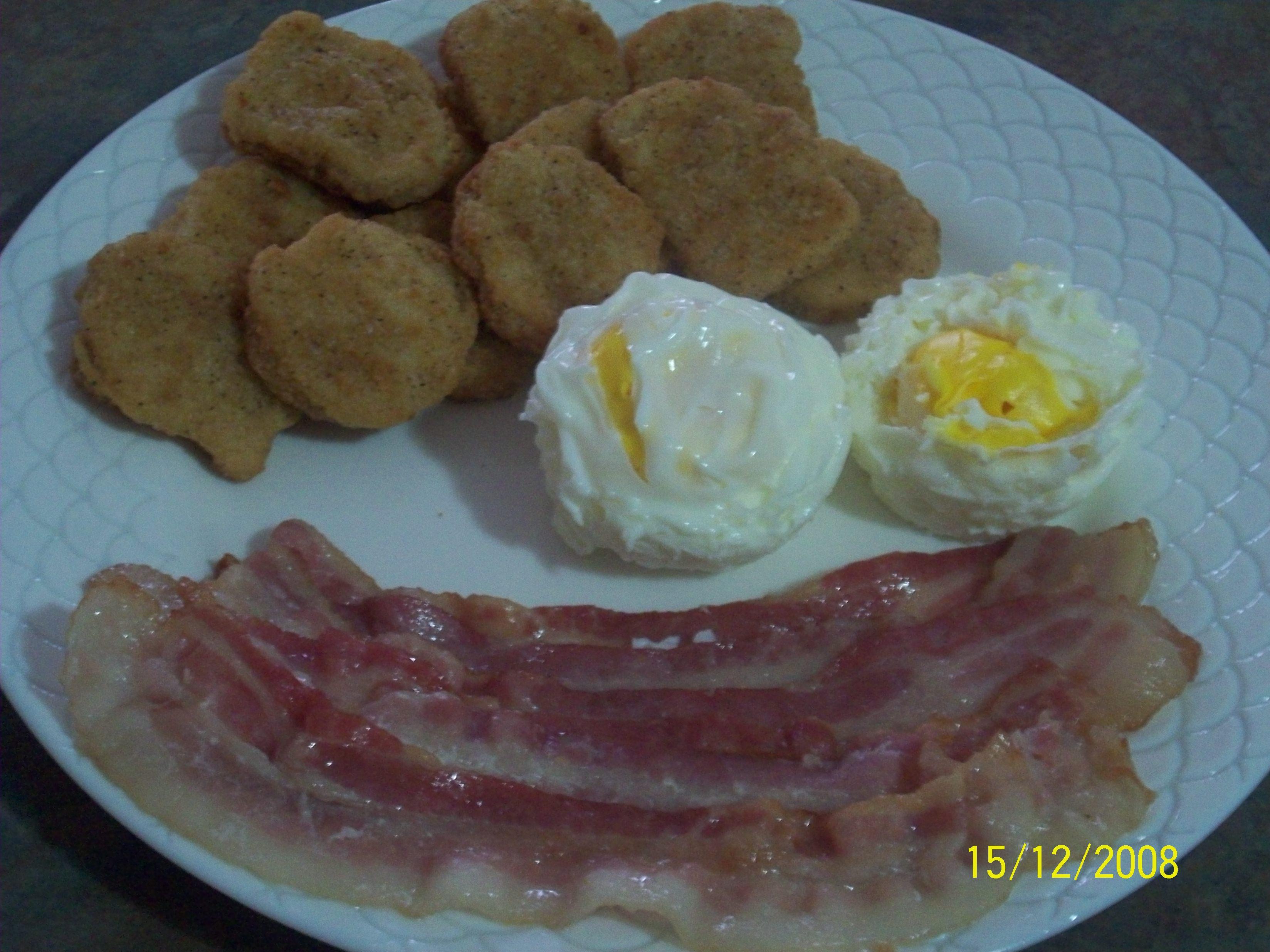 http://foodloader.net/cutie_2008-12-15_Breakfast_Chix_Nuggets_Bacons_and_Eggs.jpg
