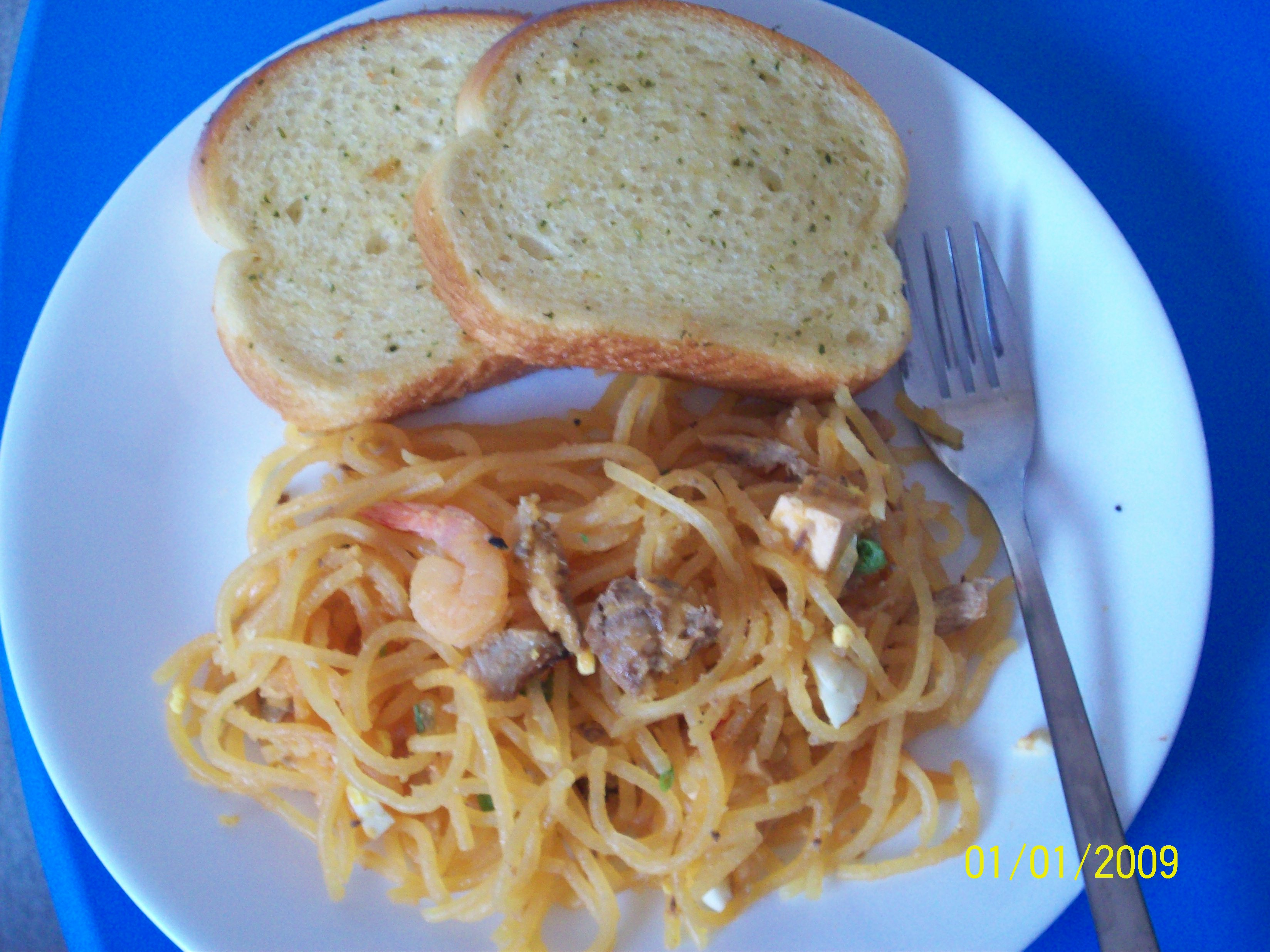 https://foodloader.net/cutie_2009-01-01_Palabok_with_Garlic_Bread.jpg