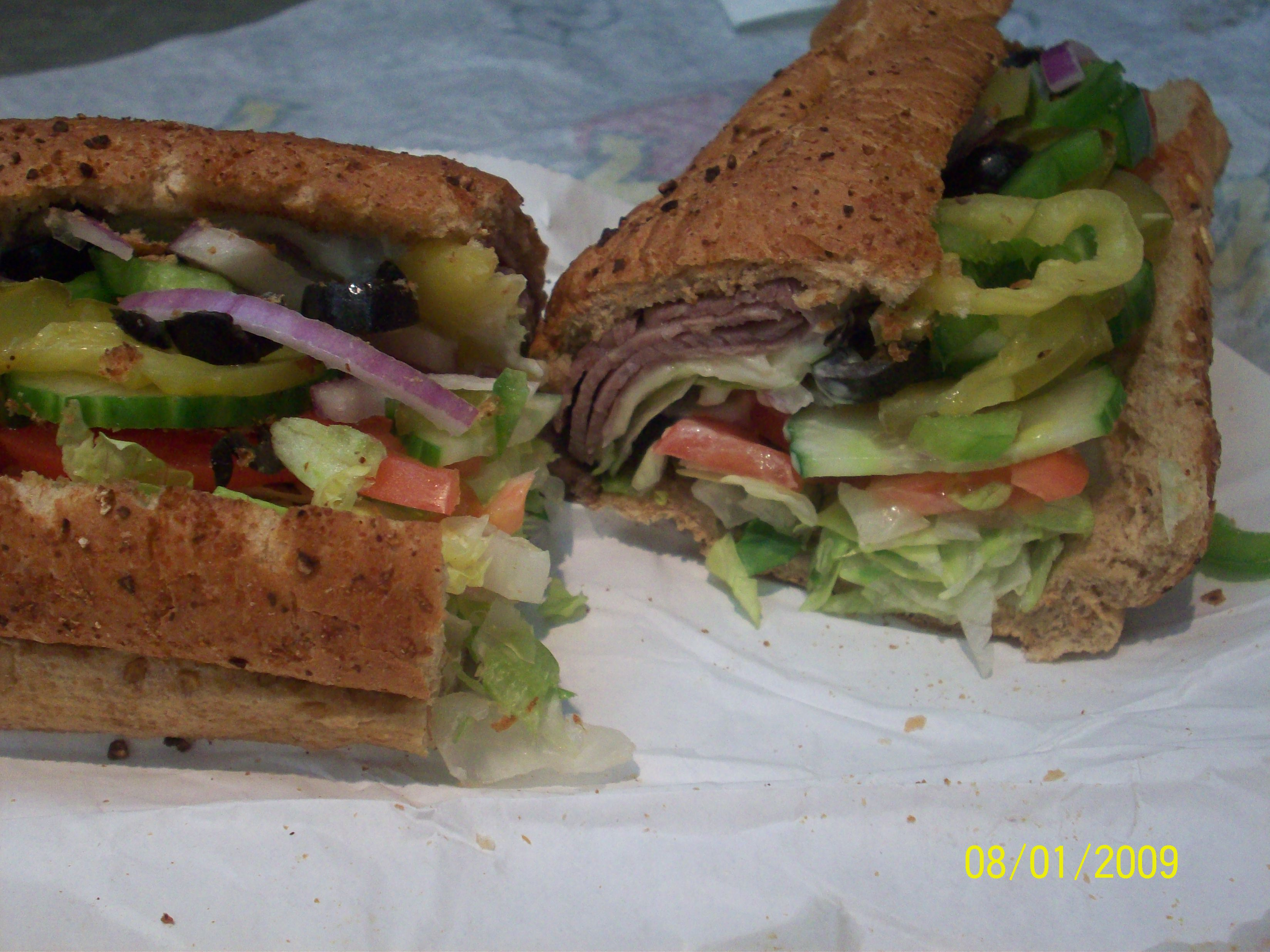 https://foodloader.net/cutie_2009-01-09_Subway_Roast_Beef_Sandwich.jpg