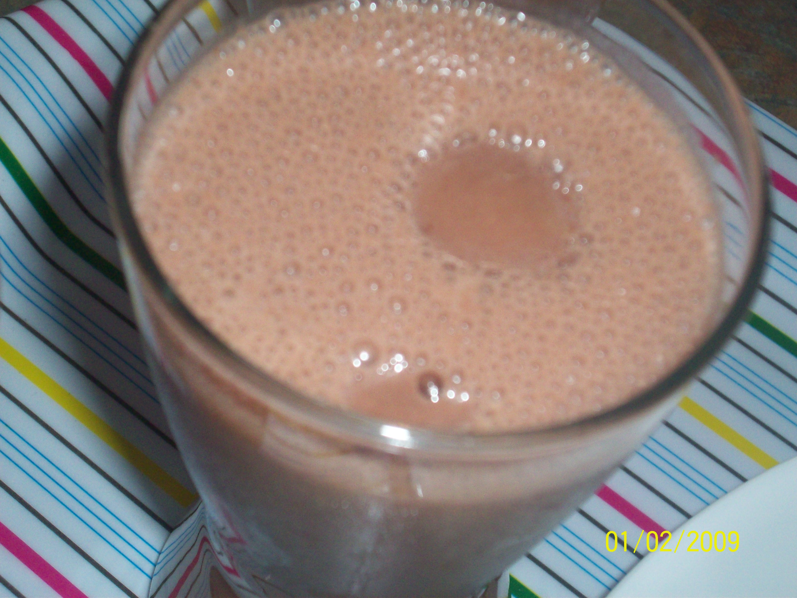 https://foodloader.net/cutie_2009-02-01_Choco_Banana_Smoothie.jpg
