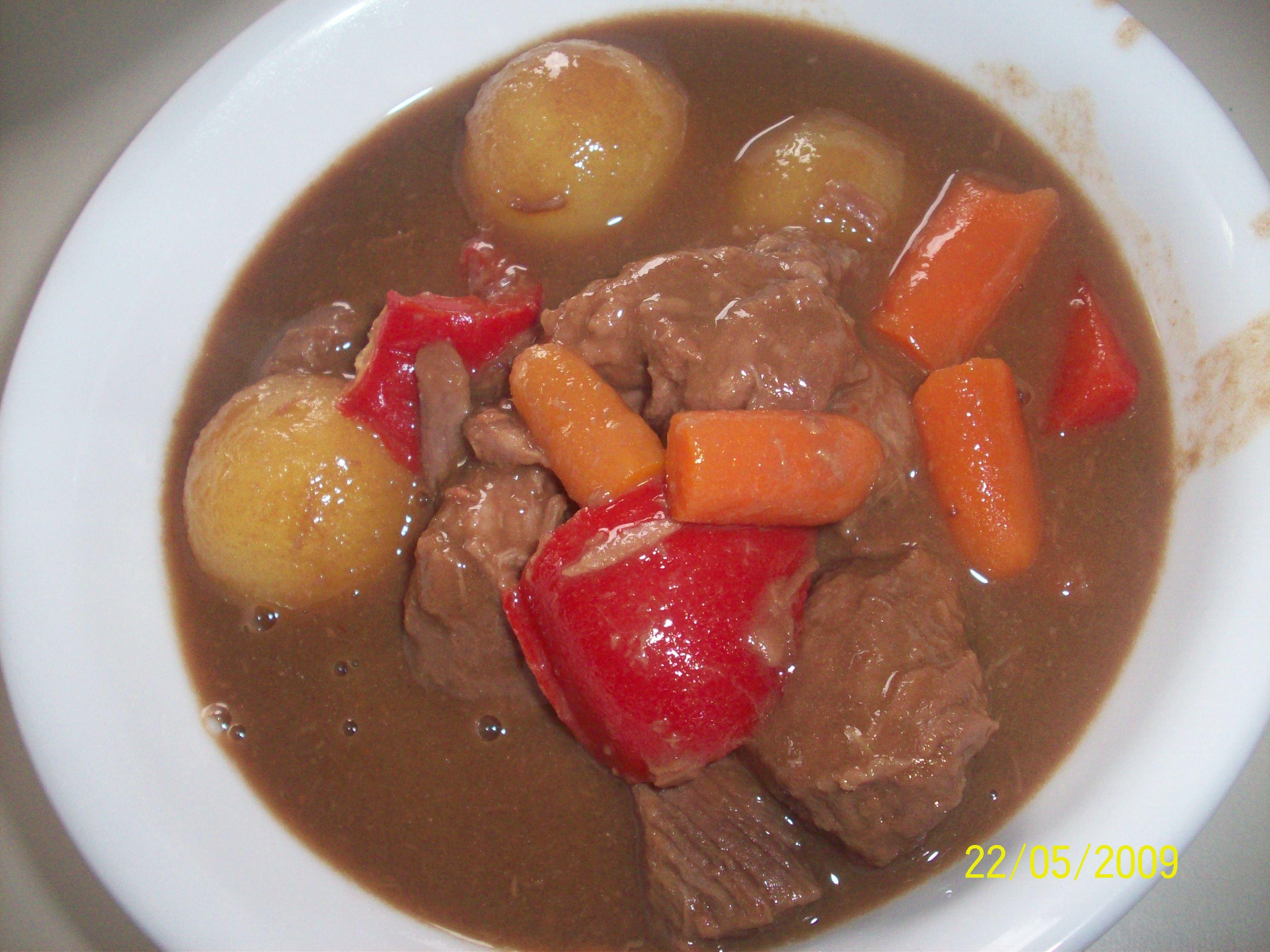 https://foodloader.net/cutie_2009-05-22_Beef_Stew.jpg