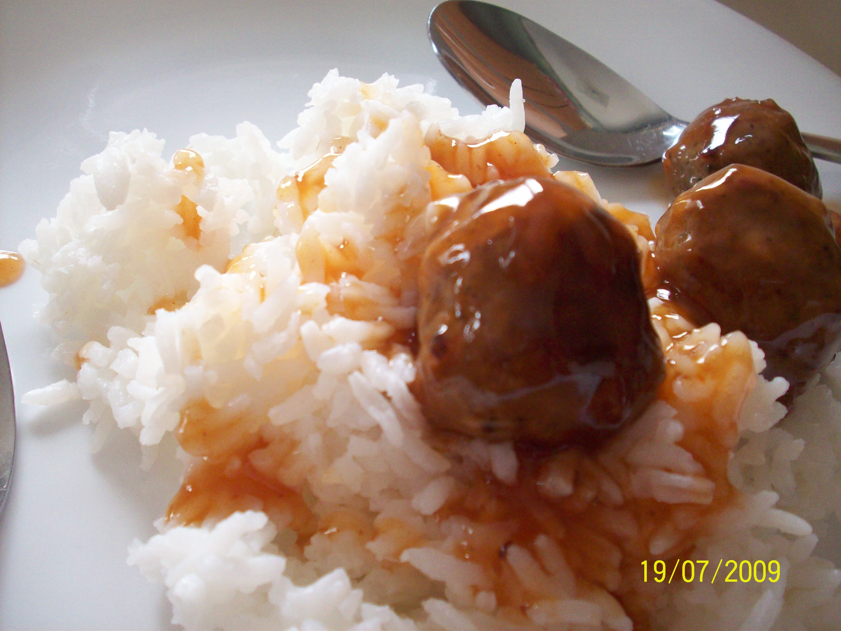 https://foodloader.net/cutie_2009-07-19_Meatballs.jpg