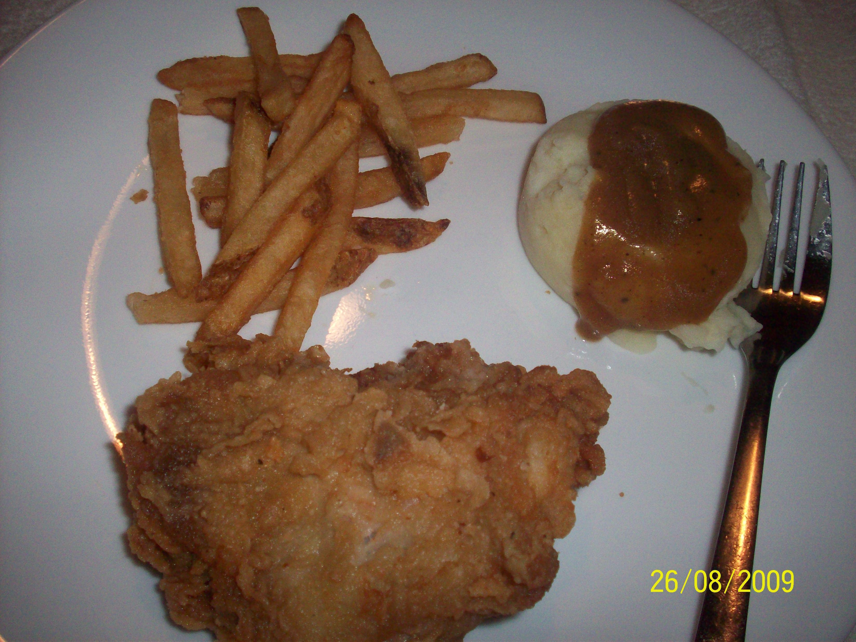 https://foodloader.net/cutie_2009-08-26_KFC_Chicken__Fries_and_Mashed_Potato.jpg