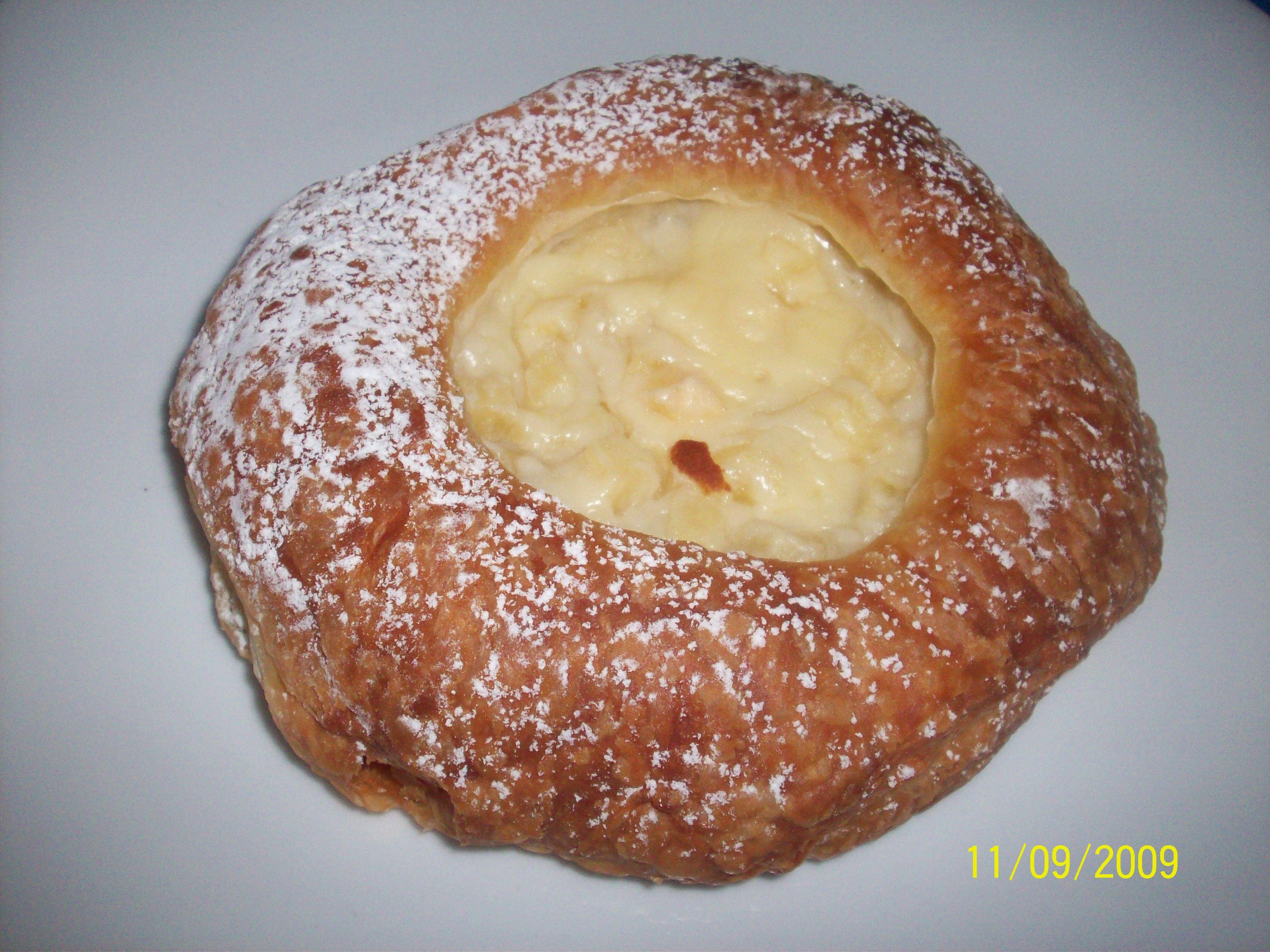 https://foodloader.net/cutie_2009-09-11_Cobs_Bread2.jpg