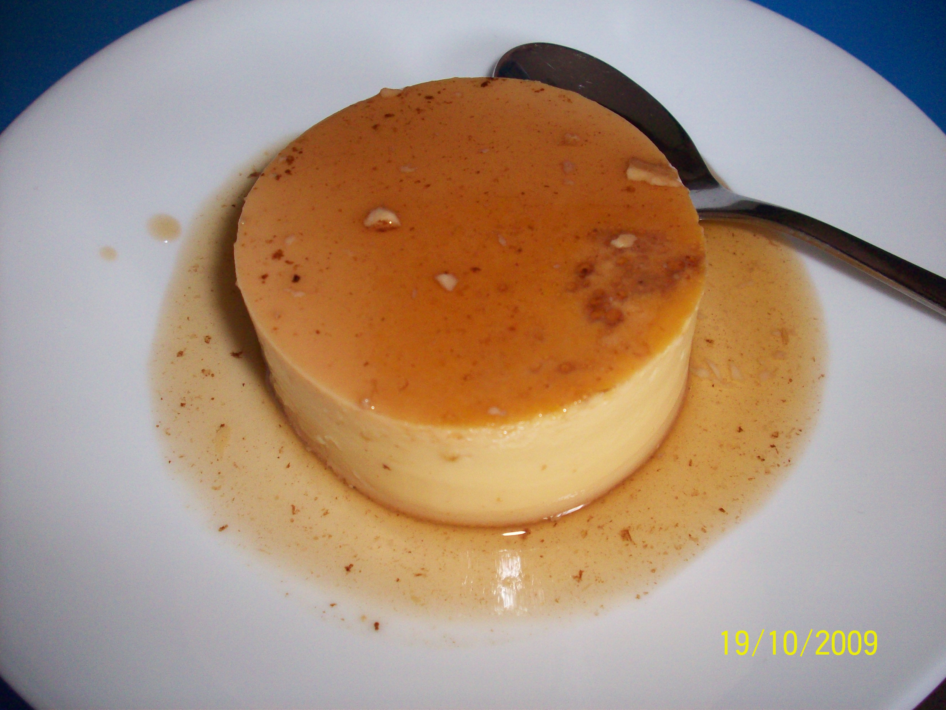 http://foodloader.net/cutie_2009-10-19_Leche_Flan.jpg