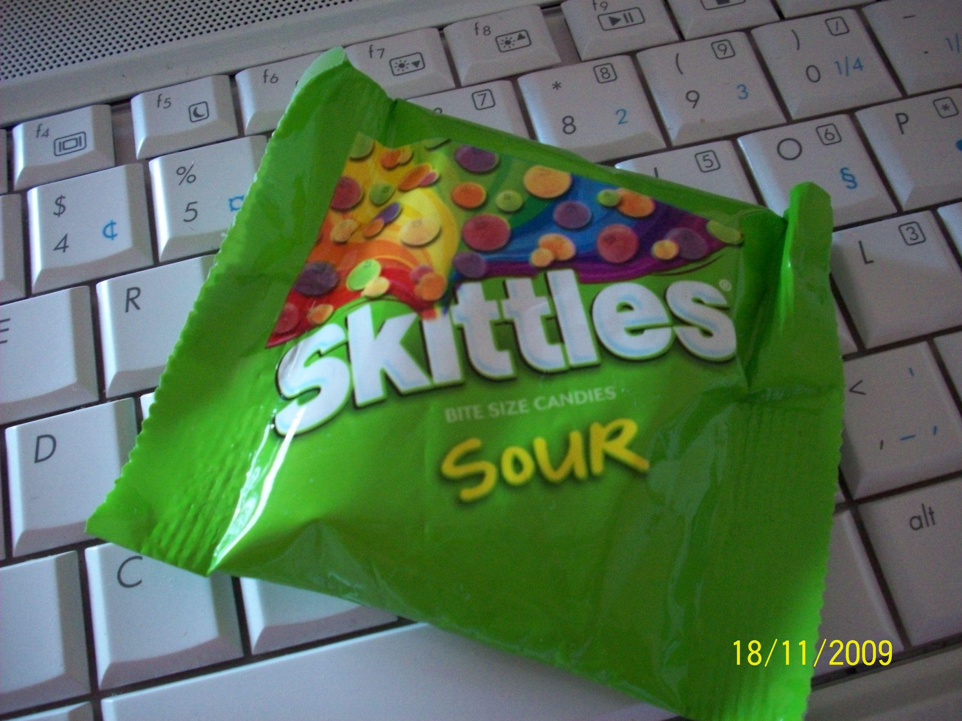 http://foodloader.net/cutie_2009-11-18_Skittles.jpg