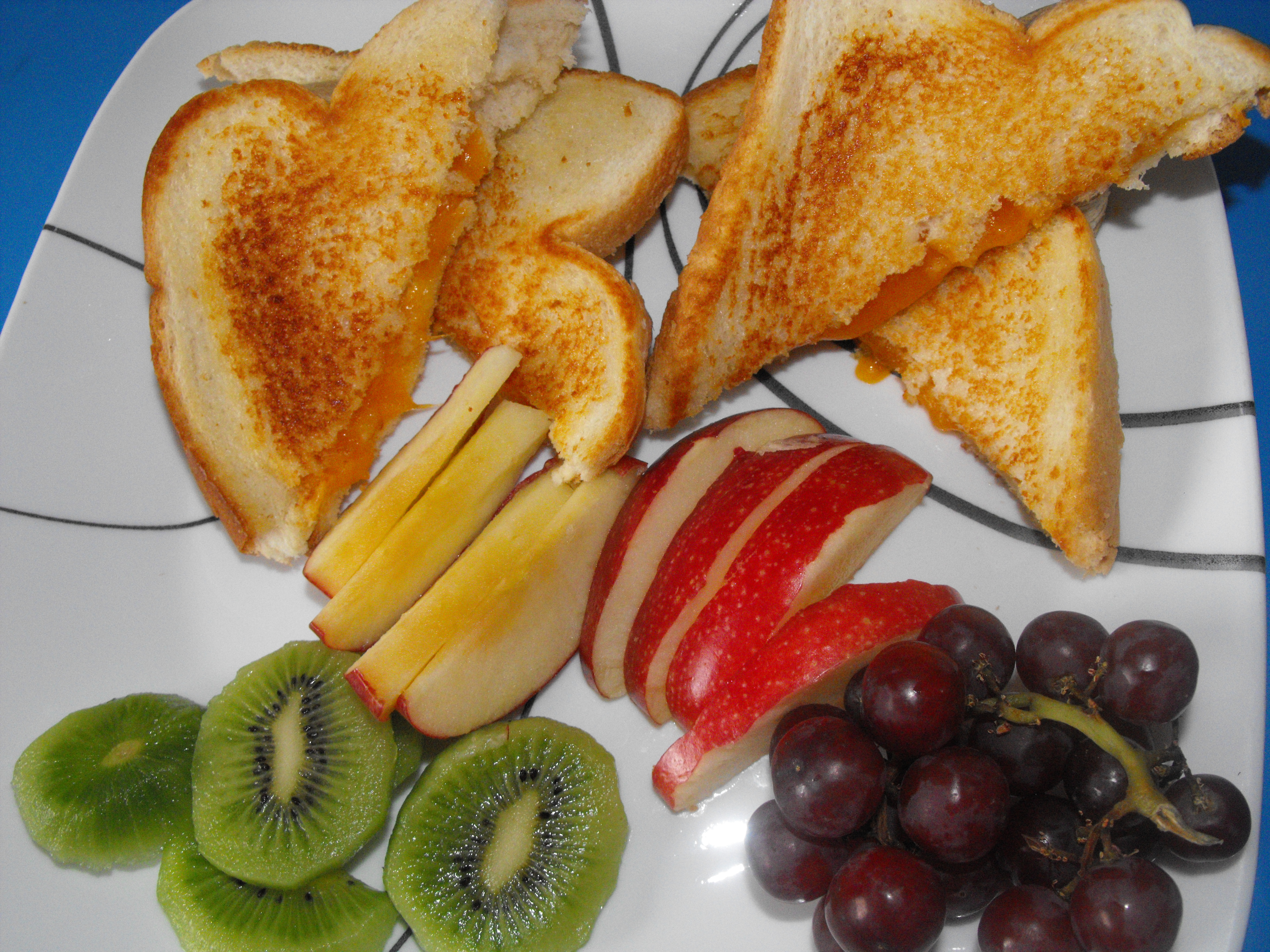 http://foodloader.net/cutie_2010-01-03_Grilled_Cheese_Sandwich.jpg