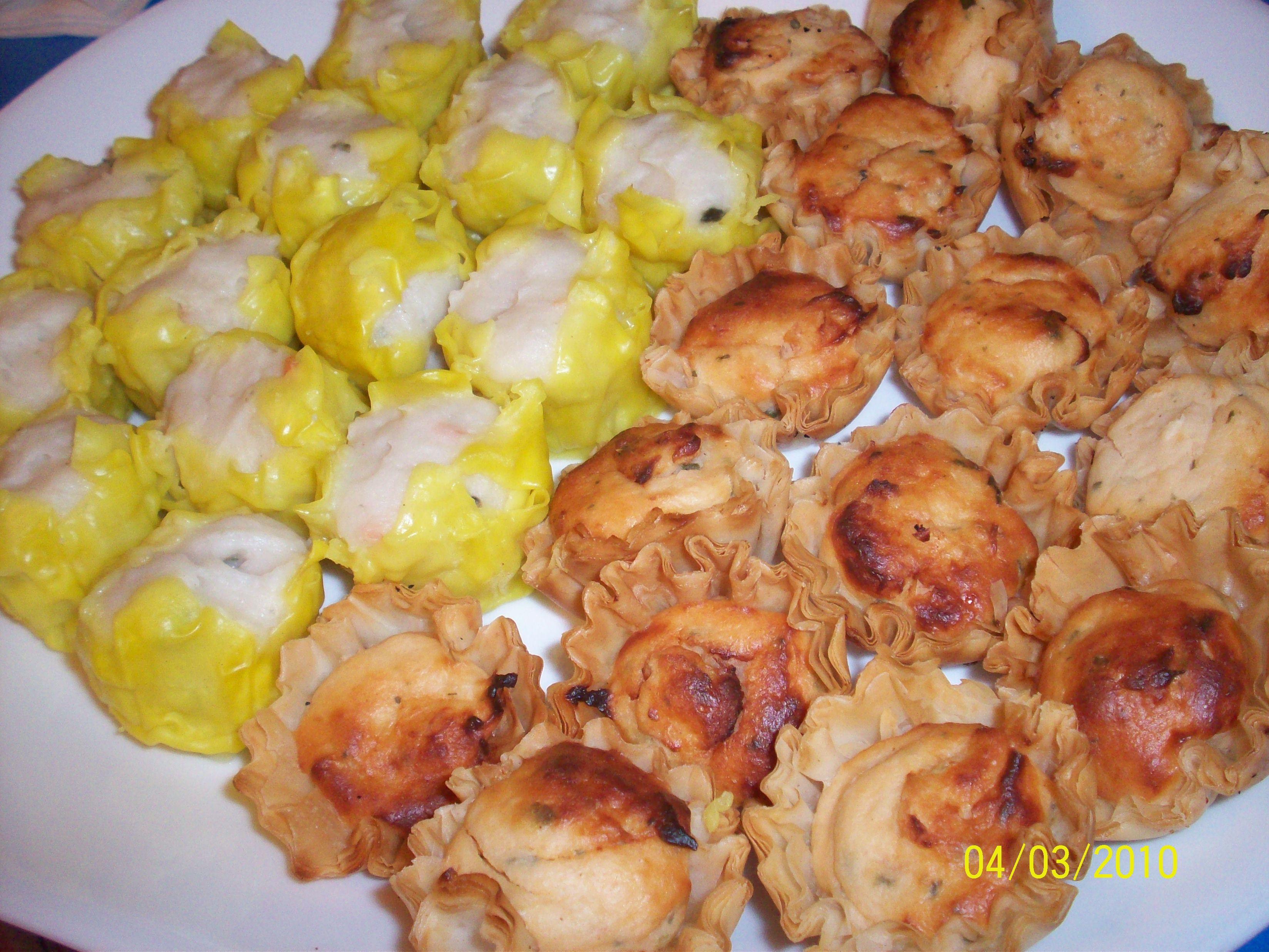 http://foodloader.net/cutie_2010-03-04_Fish_Shao-Mai_and_Salmon_and_Cream_Cheese_Phyllo_T.jpg