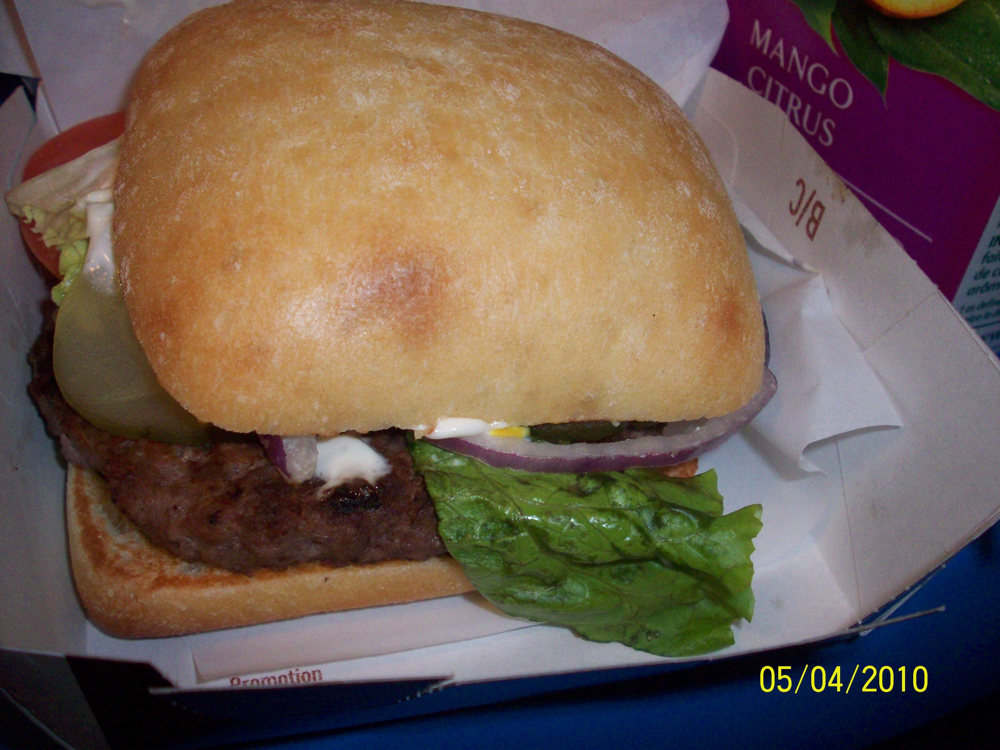 http://foodloader.net/cutie_2010-04-07_McDonalds_Angus_Burger.jpg