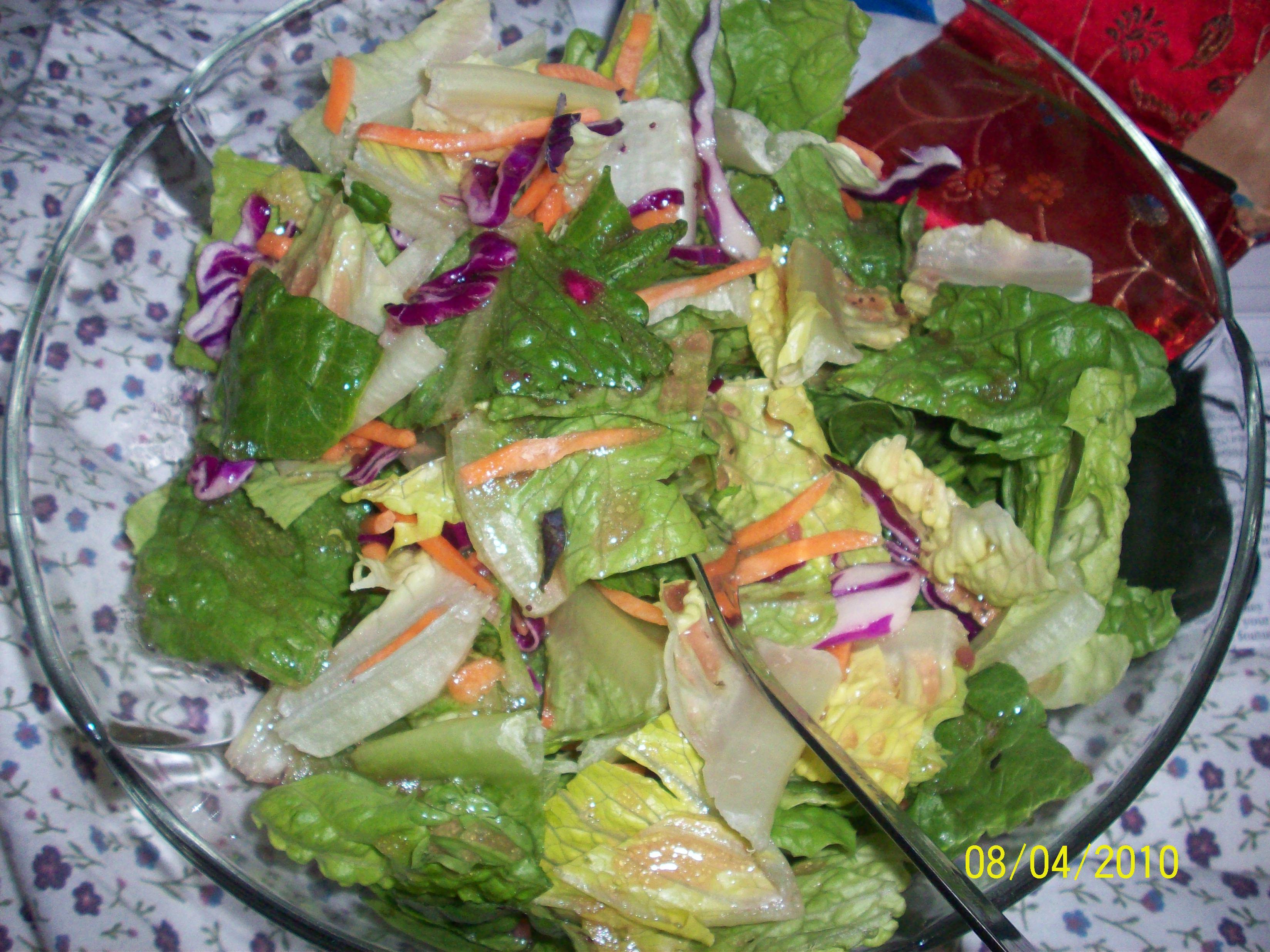 http://foodloader.net/cutie_2010-04-08_Salad.jpg