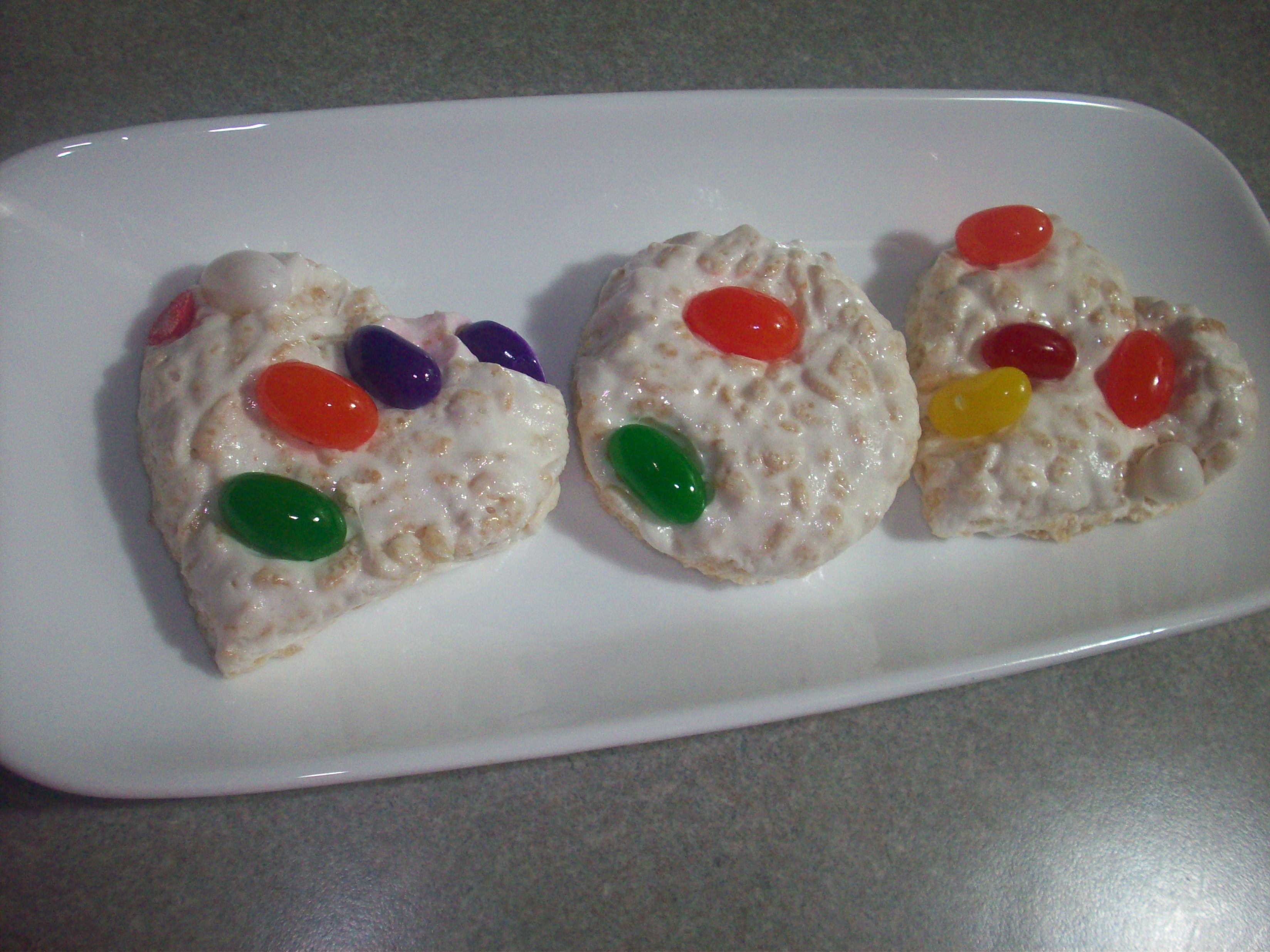 http://foodloader.net/cutie_2010-05-23_Rainbow_Rice_Krispies_Treats.jpg