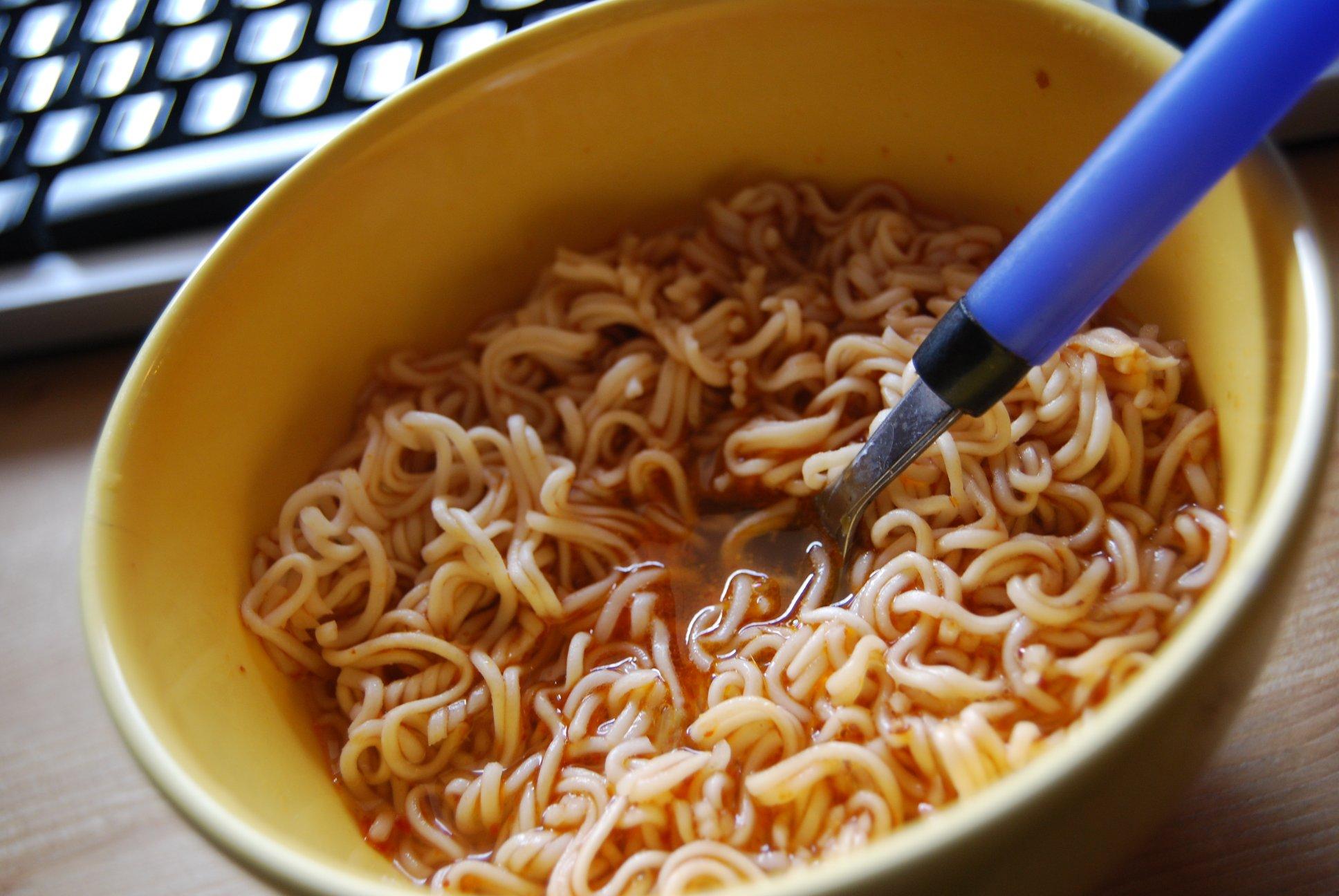 http://foodloader.net/finate_2009-03-04_Instantnudelsuppe_Shrimp.jpg