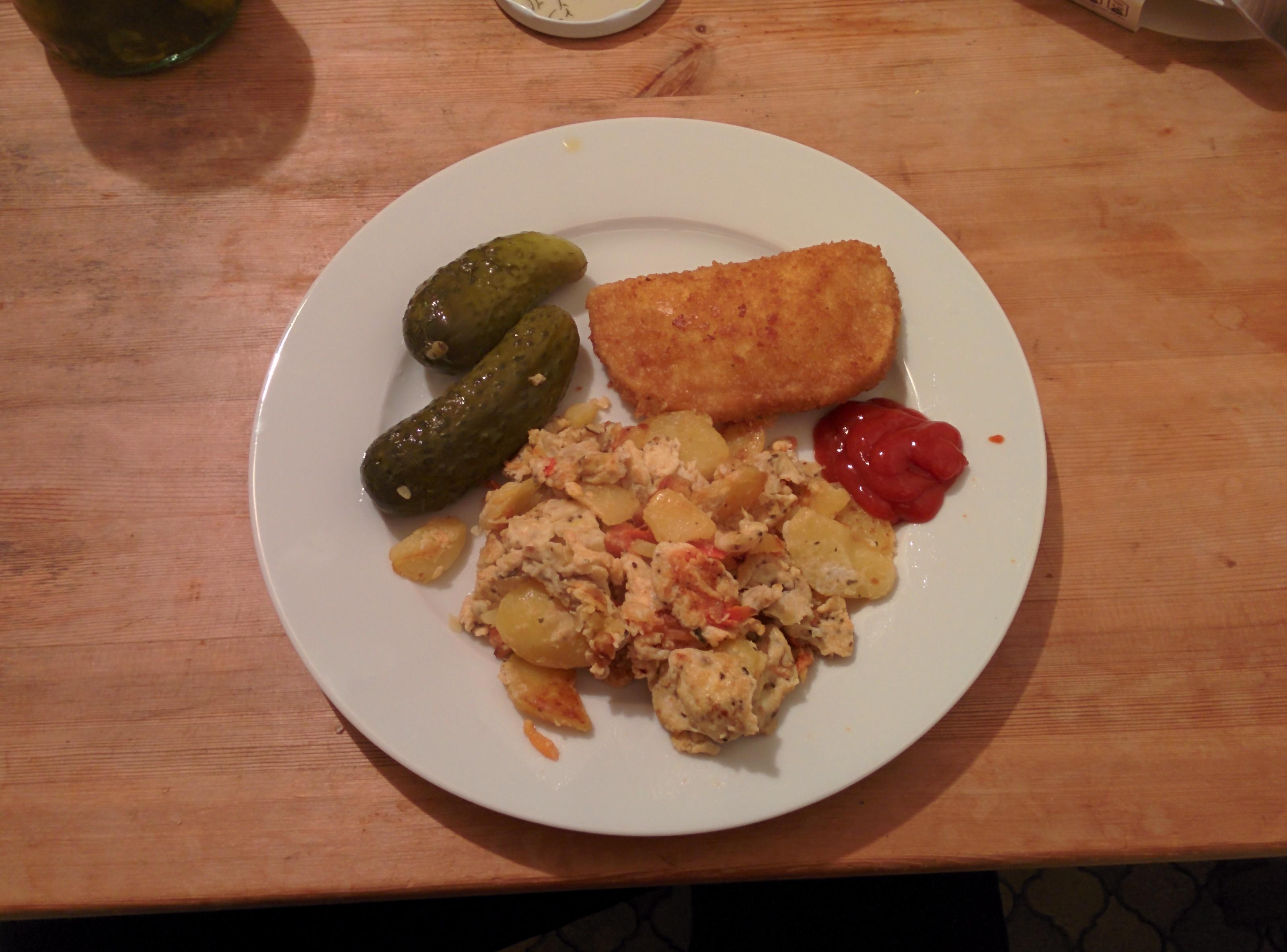 https://foodloader.net/henrik_2014-01-03_Bauernfruehstueck_mit_Kaeseschnitzel.jpg