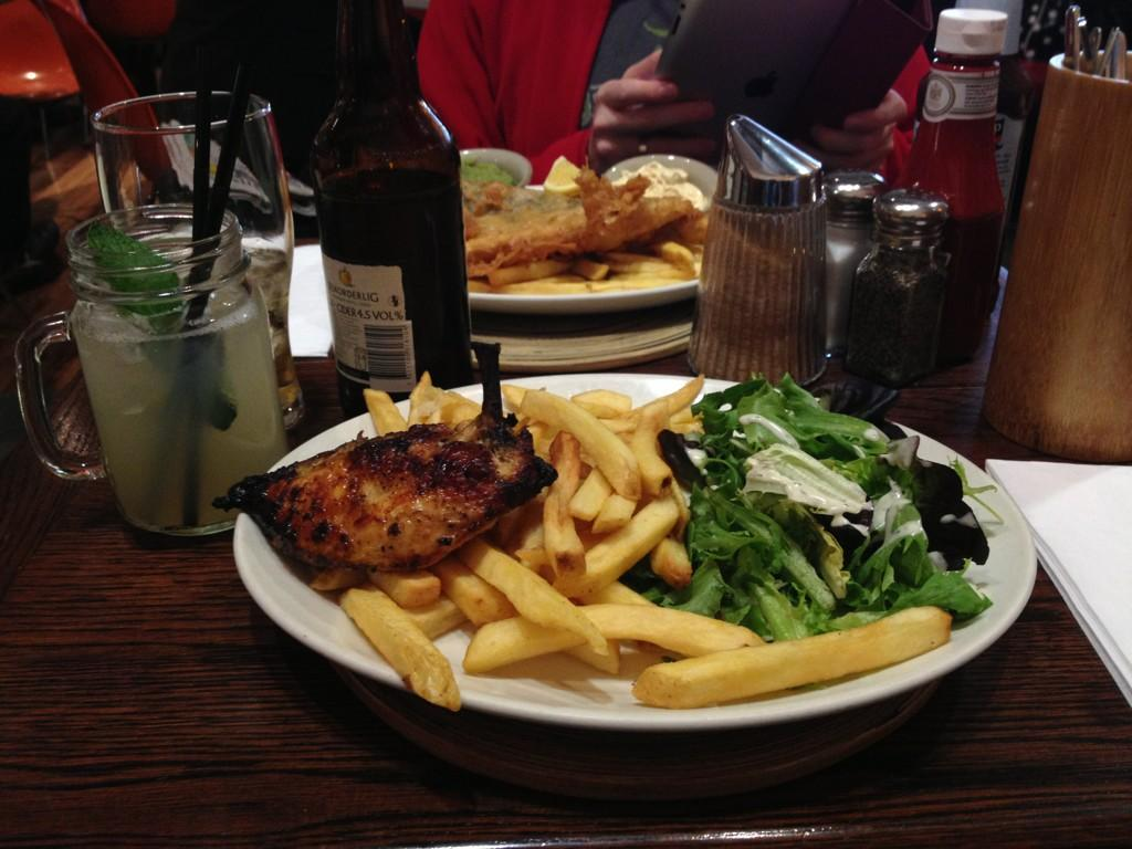https://foodloader.net/kug_2012-10-21_lemon_tequilla_chicken.jpg