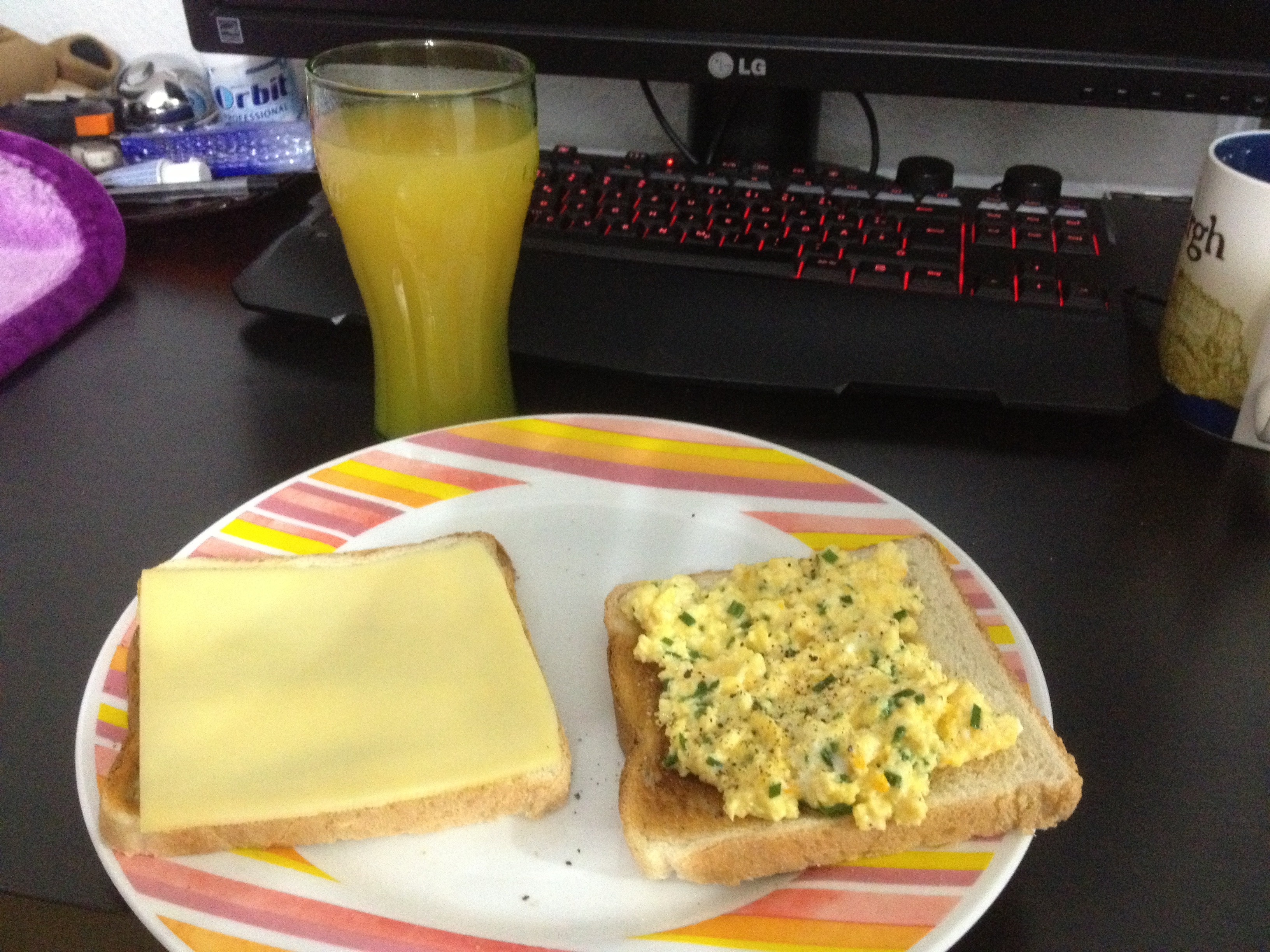 https://foodloader.net/kug_2012-11-03_Breakfast.jpg