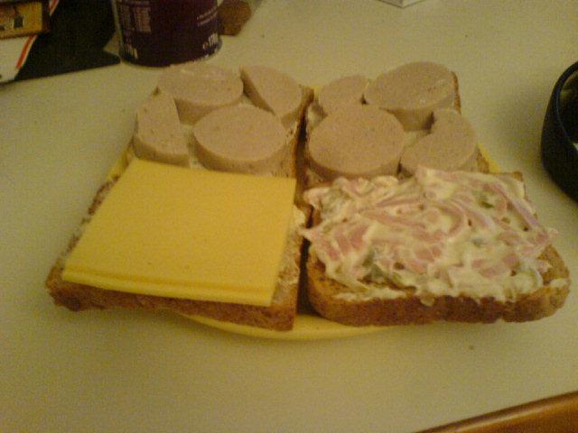 https://foodloader.net/makaVeLi_2007-10-28_Toast.jpg