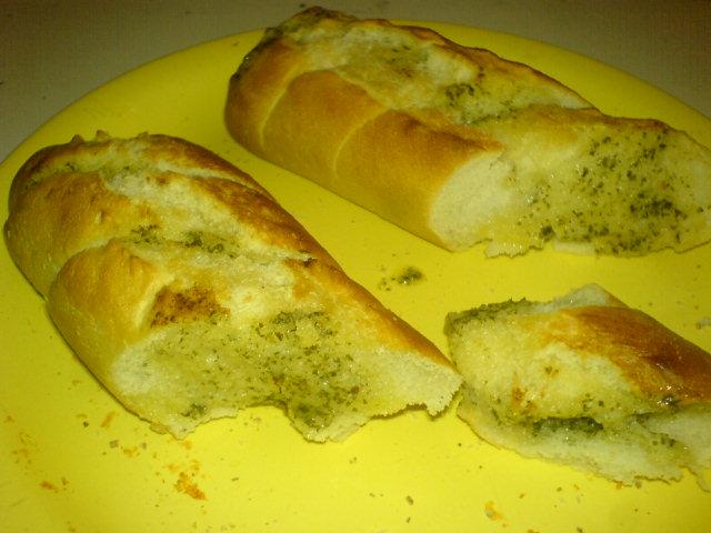 http://foodloader.net/makaVeLi_2008-04-06_Baguette.jpg