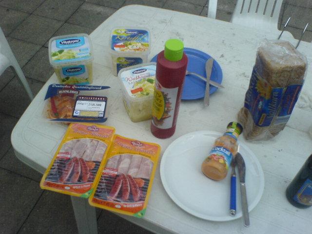 http://foodloader.net/makaVeLi_2008-05-16_Grillen1.jpg