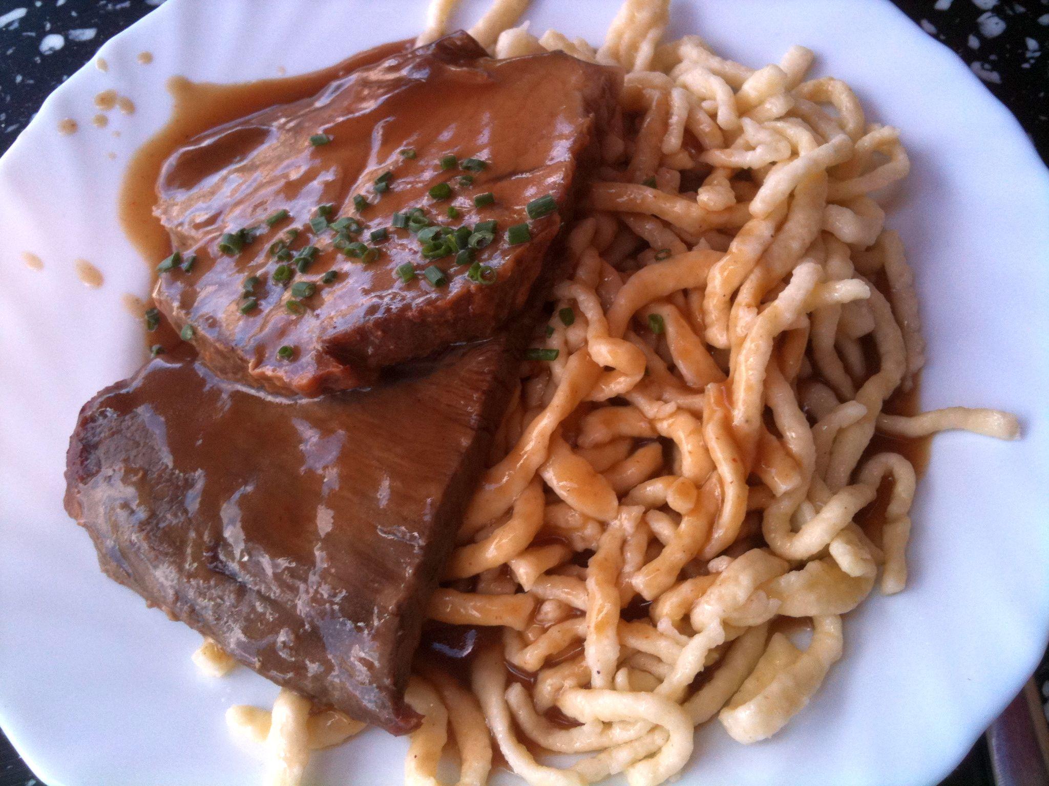 https://foodloader.net/nico_2011-07-09_gemischter_braten-mit-spaetzle.jpg