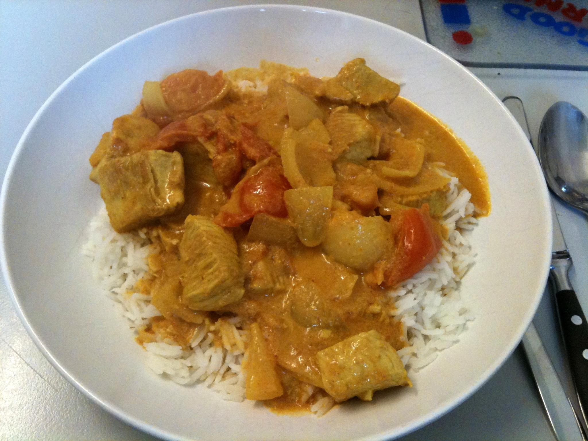 https://foodloader.net/nico_2012-01-19_thai-curry-mit-reis.jpg