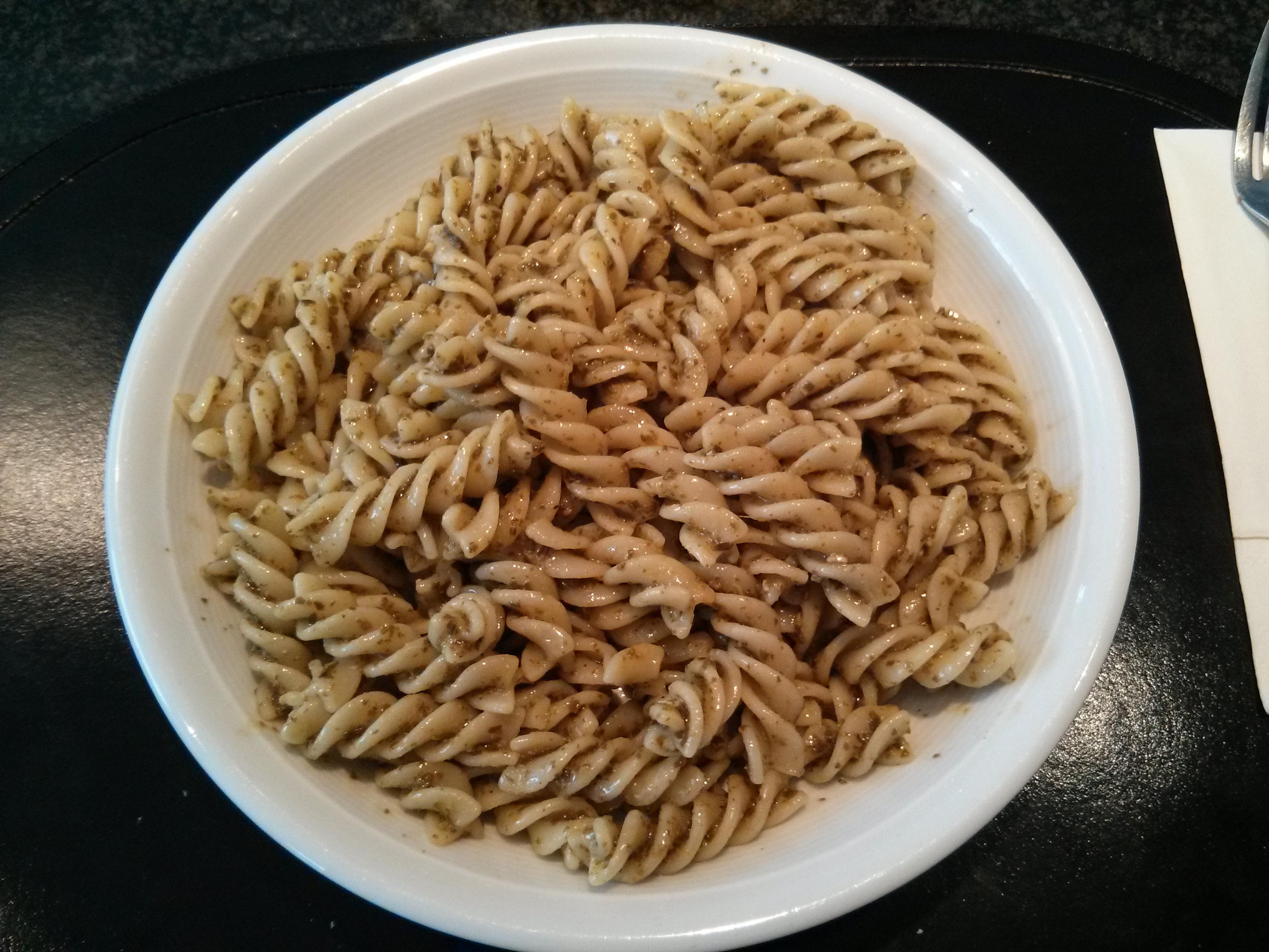 https://foodloader.net/nico_2013-04-28_fusilli-mit-gruenem-pesto.jpg
