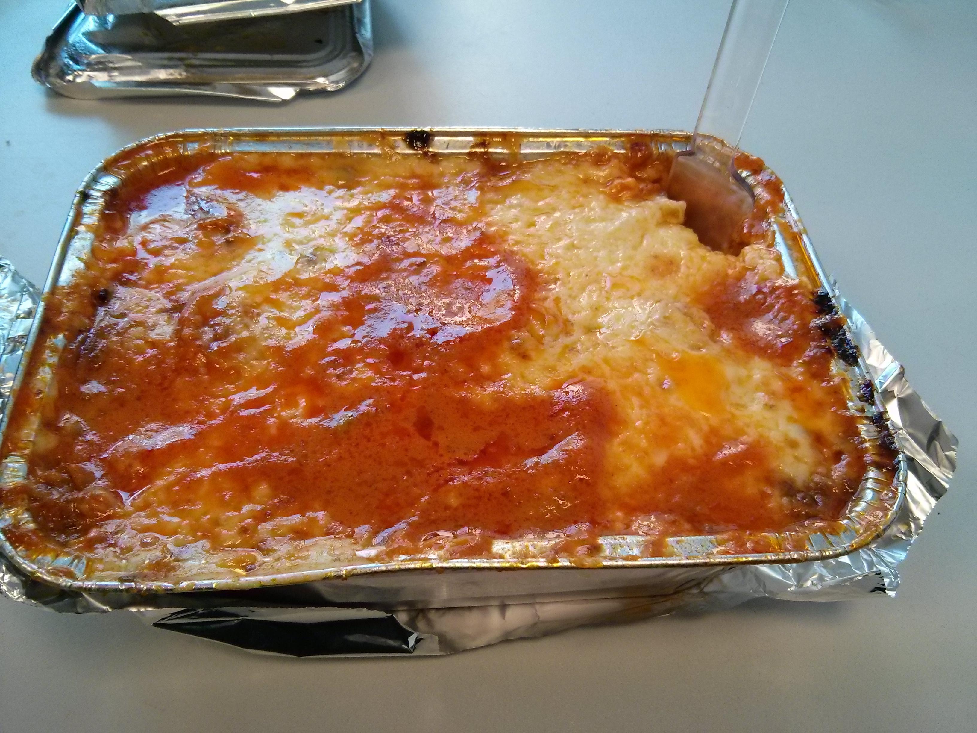 https://foodloader.net/nico_2013-09-24_tortellini-bolognese-al-forno.jpg
