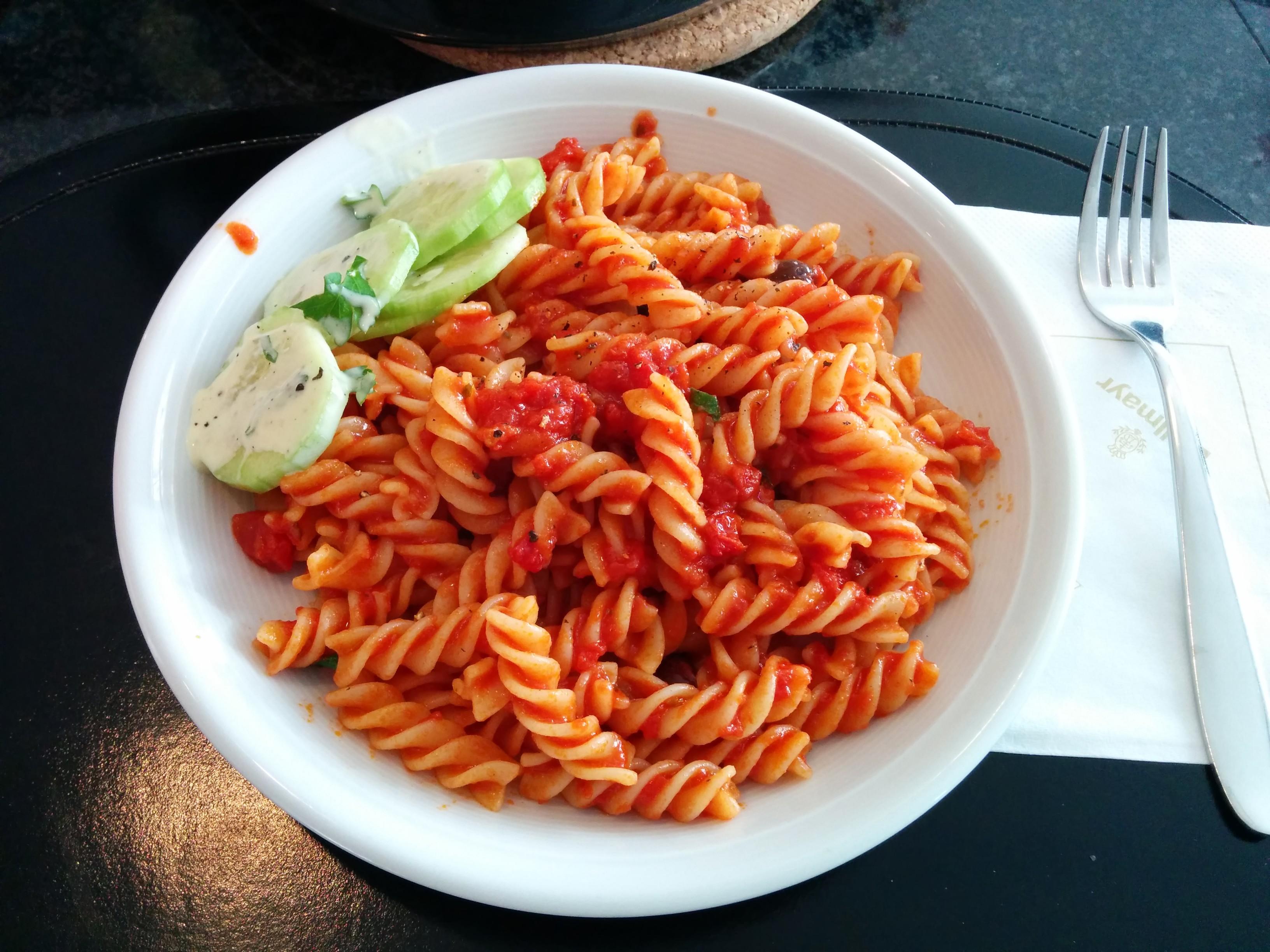 https://foodloader.net/nico_2014-01-03_fusilli-mit-tomatensauce.jpg