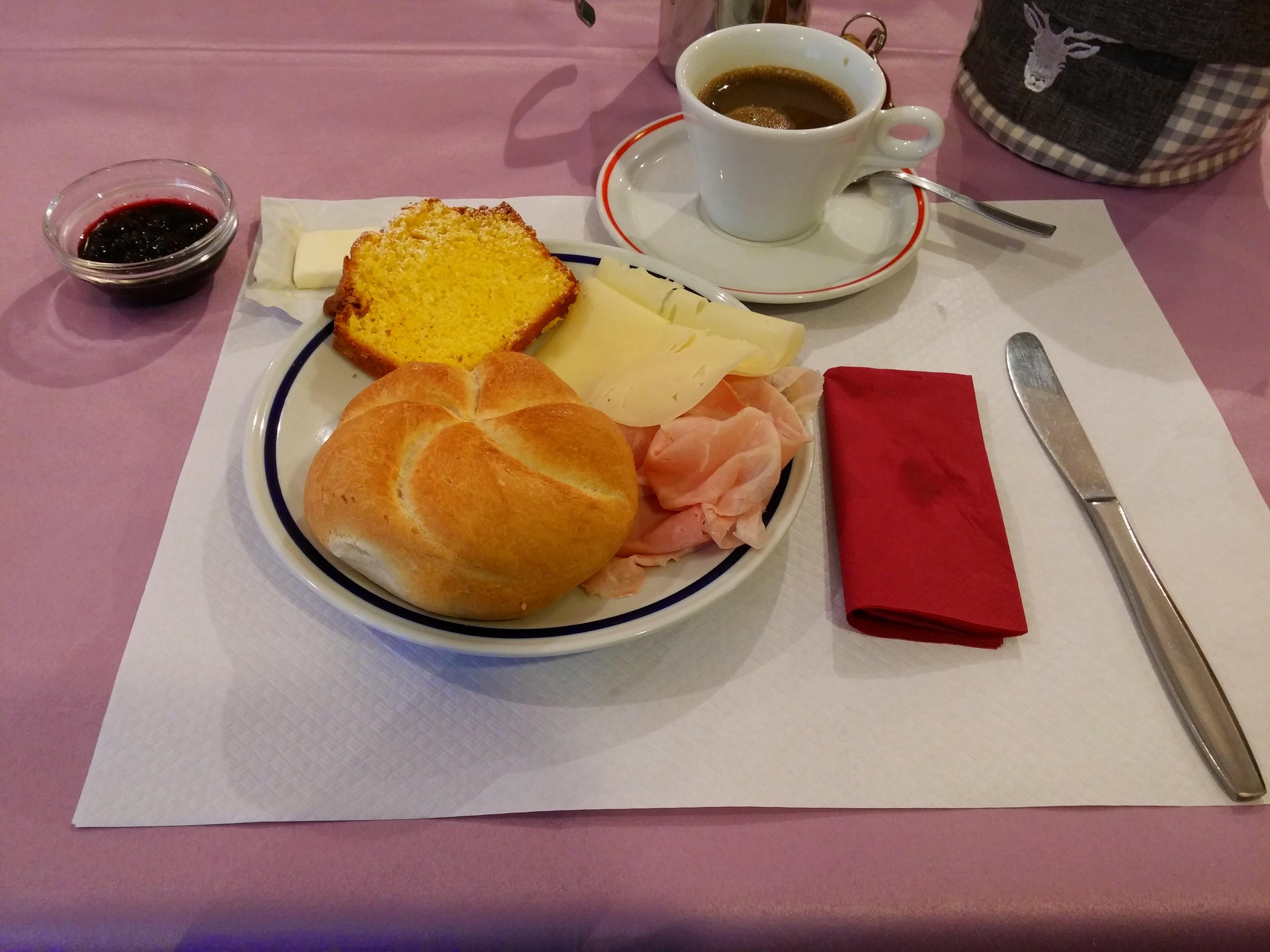 https://foodloader.net/nico_2014-08-01_fruehstueck-1.jpg