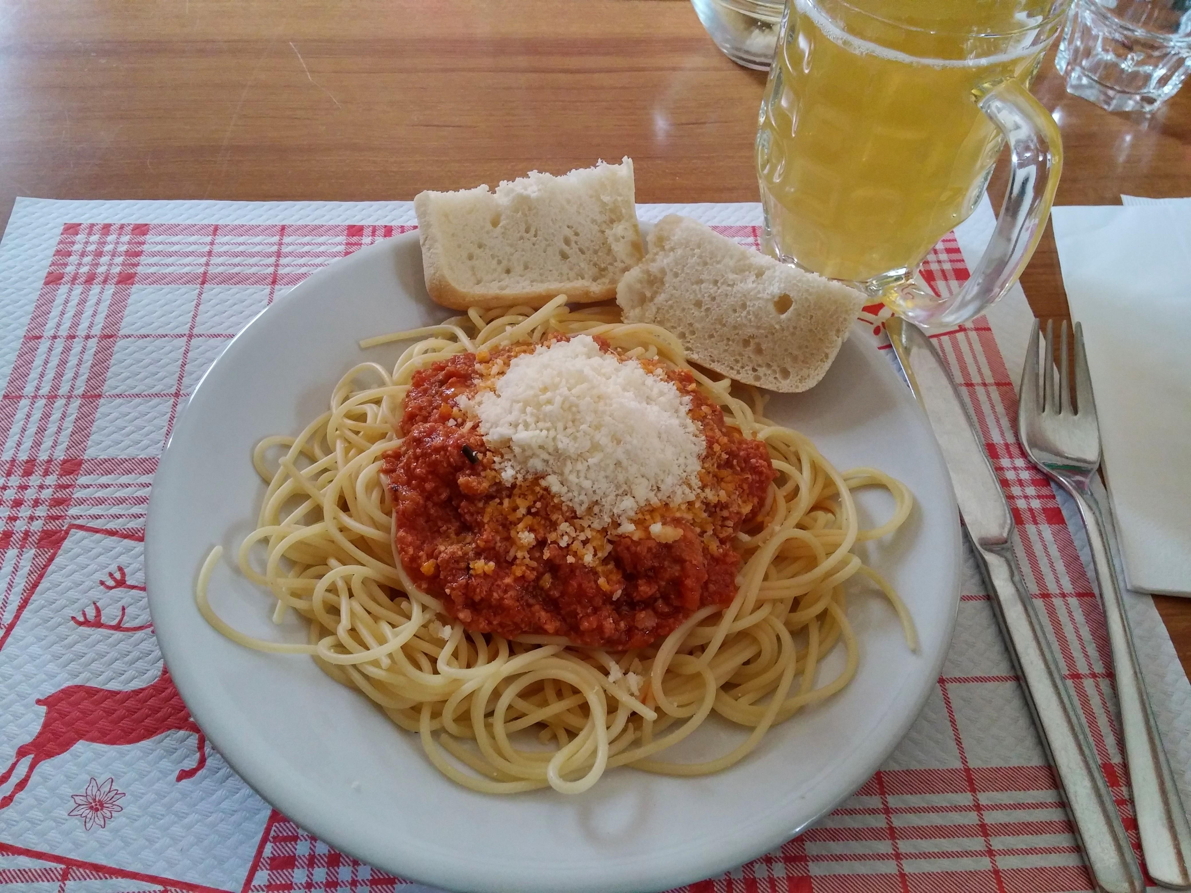 https://foodloader.net/nico_2014-08-01_spaghetti-bolognese.jpg