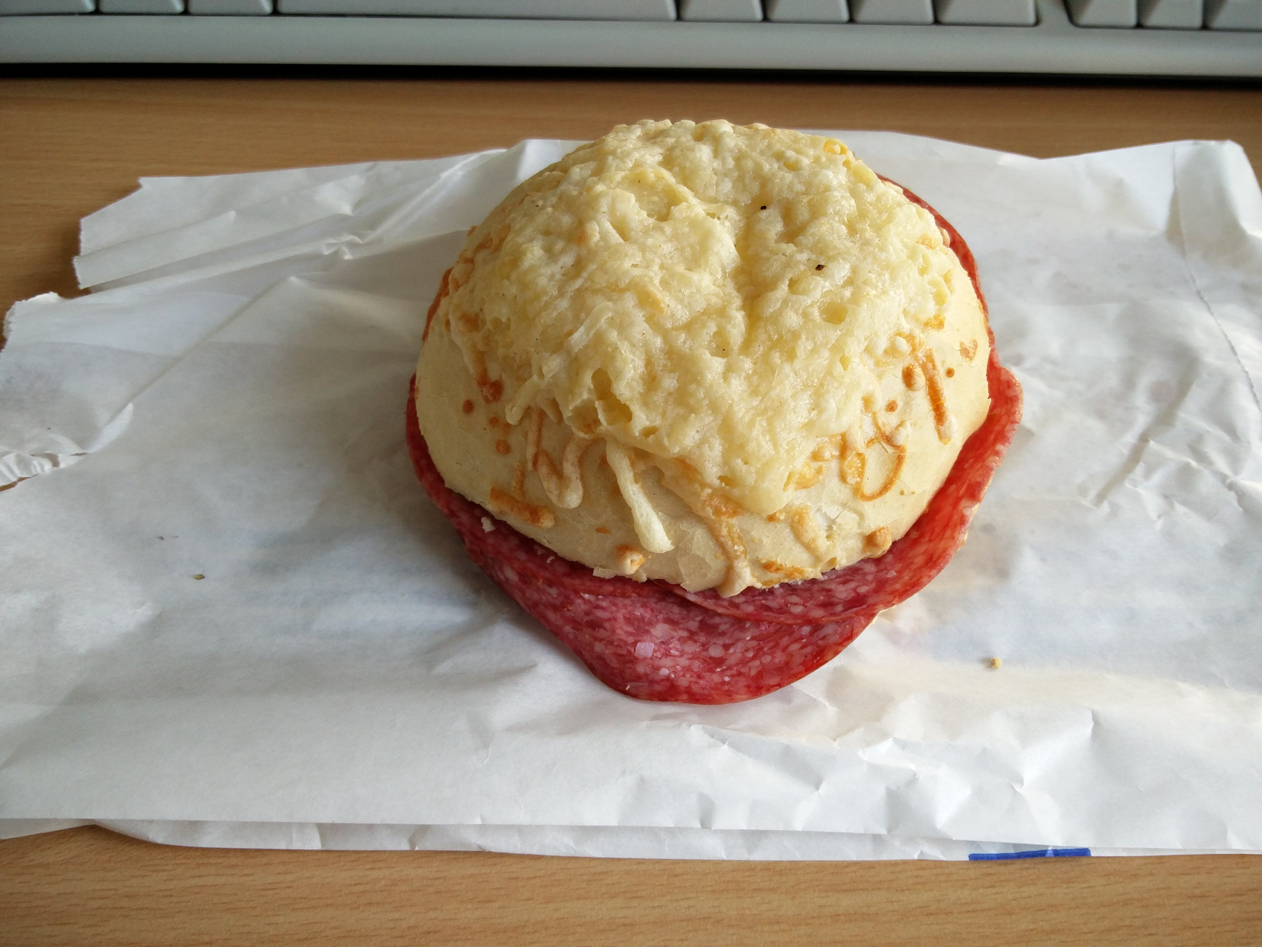 https://foodloader.net/nico_2016-04-14_belegtes-broetchen.jpg