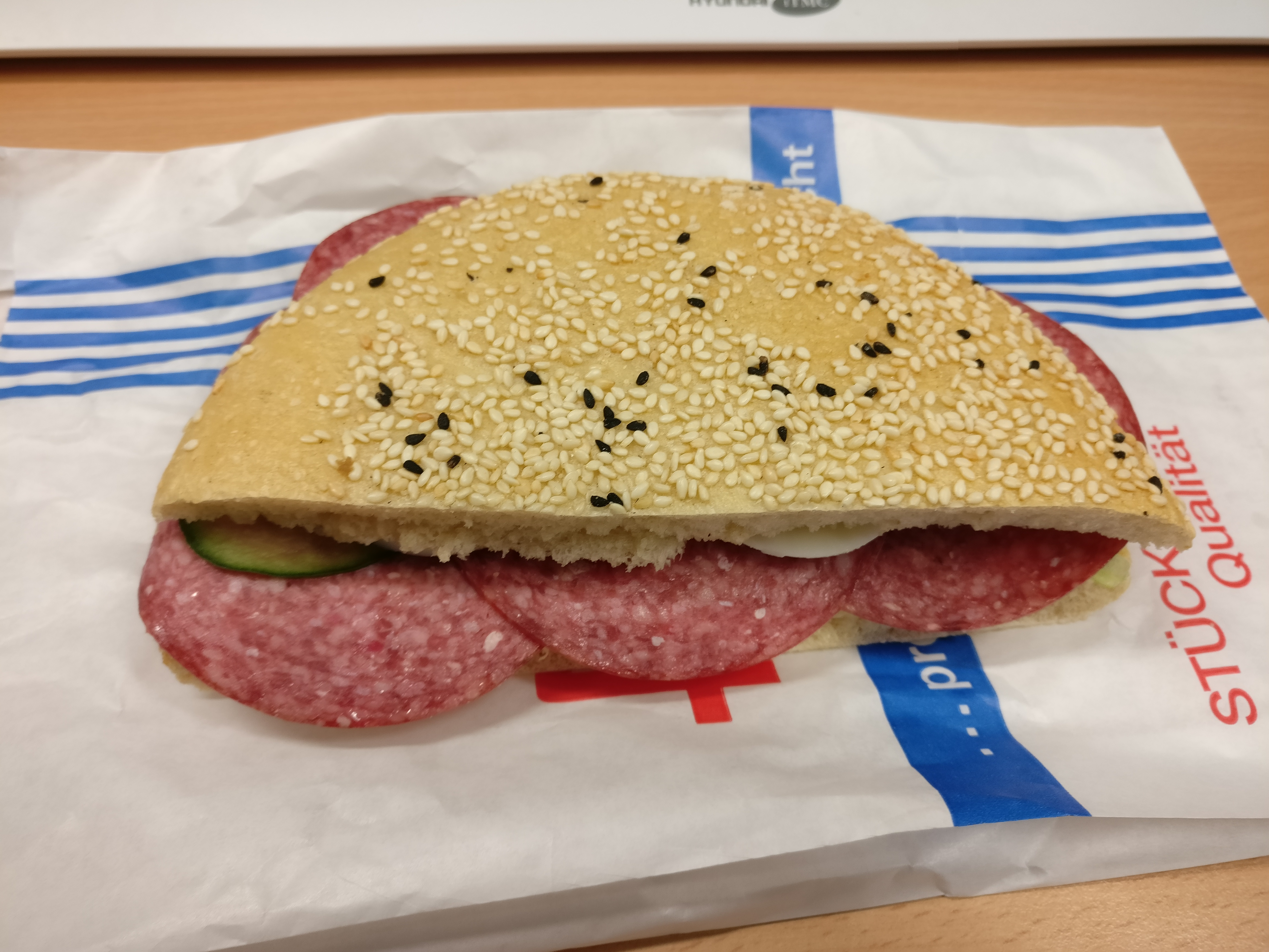 http://foodloader.net/nico_2017-04-03_belegtes-broetchen.jpg
