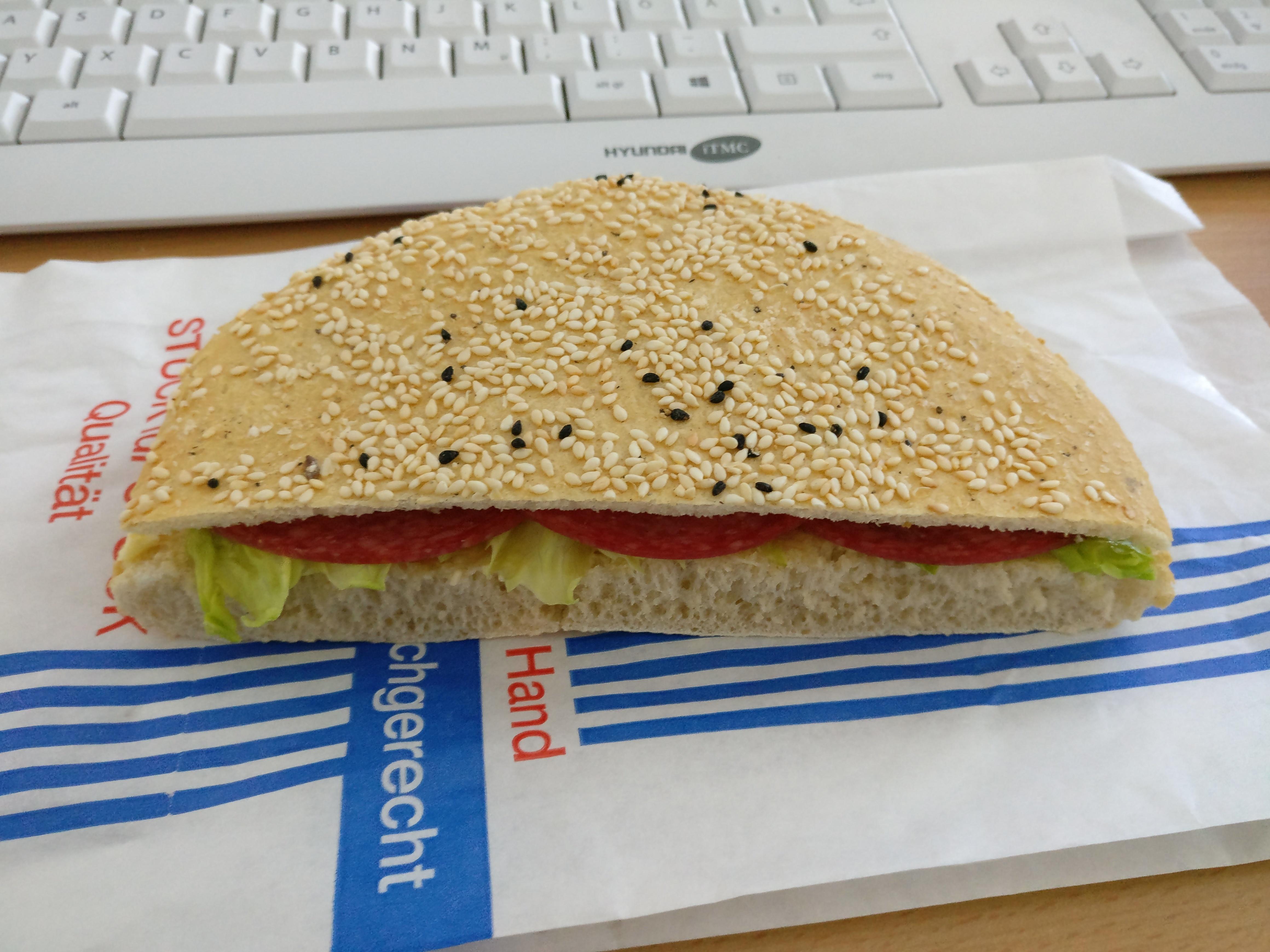 http://foodloader.net/nico_2017-04-13_belegtes-broetchen.jpg