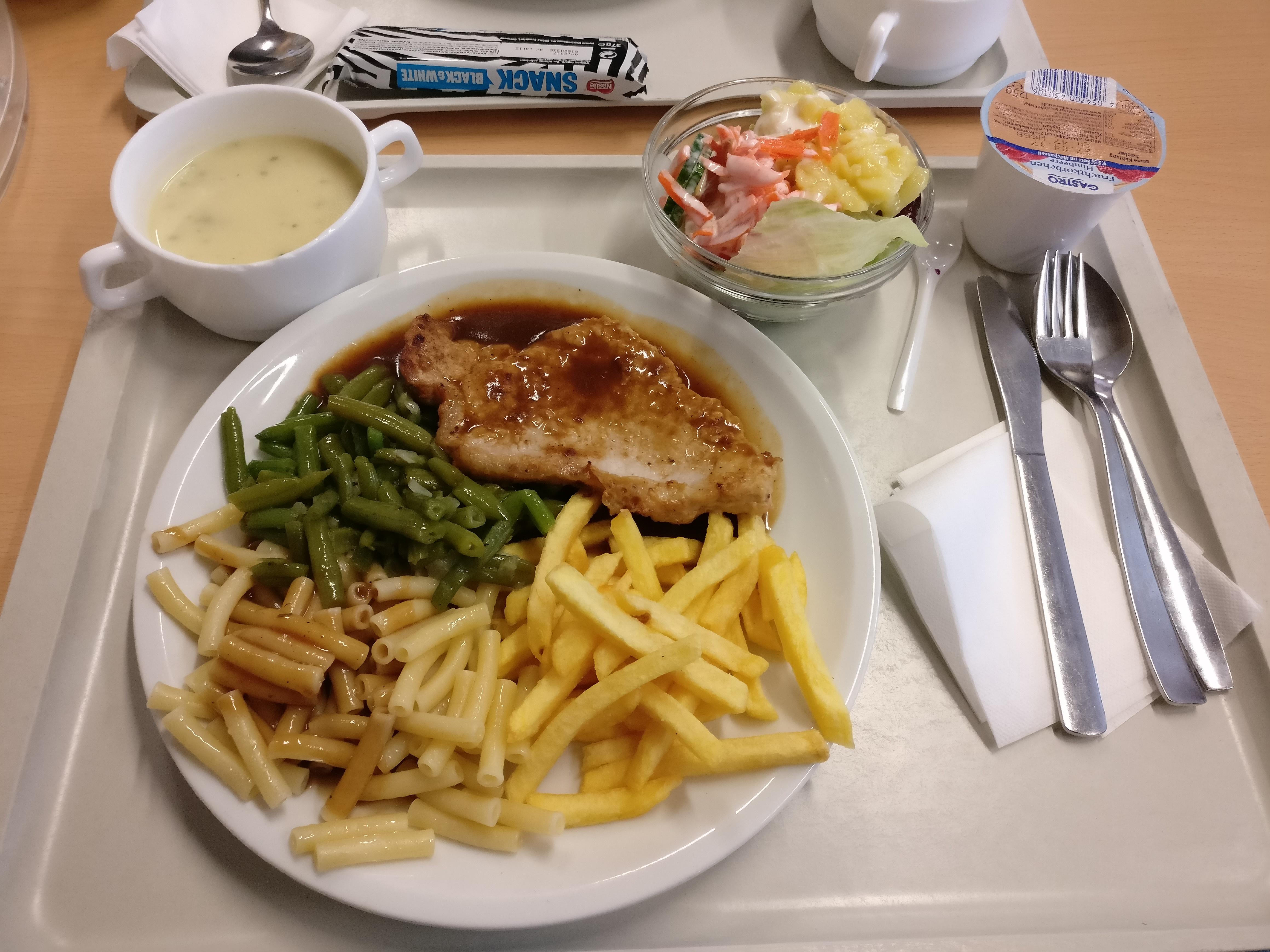 http://foodloader.net/nico_2017-04-20_steak-nudeln-pommes-bohnen-suppe-salat-joghurt.jpg