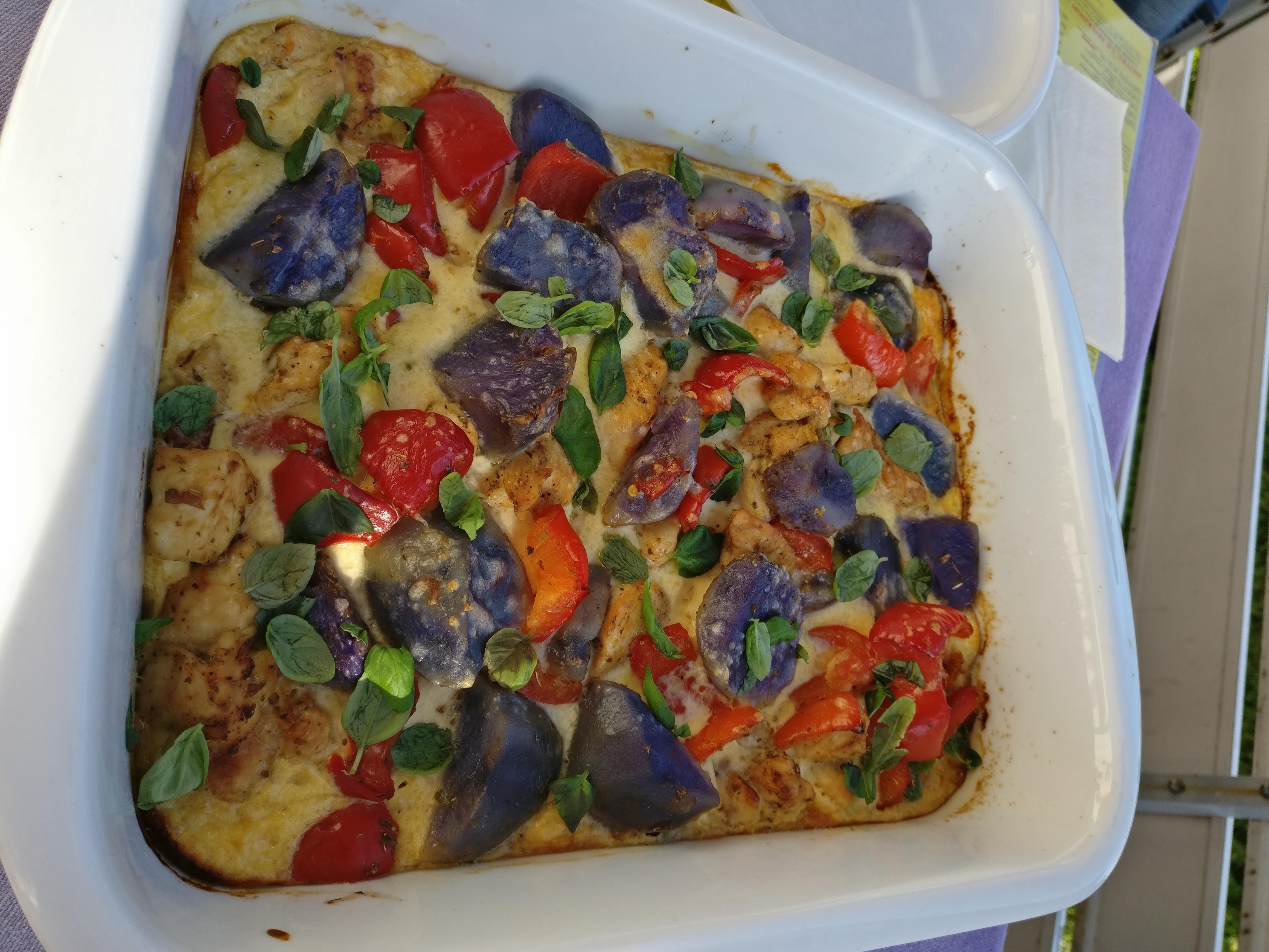 http://foodloader.net/nico_2017-04-30_auflauf-mit-eiern-und-blauen-kartoffeln.jpg