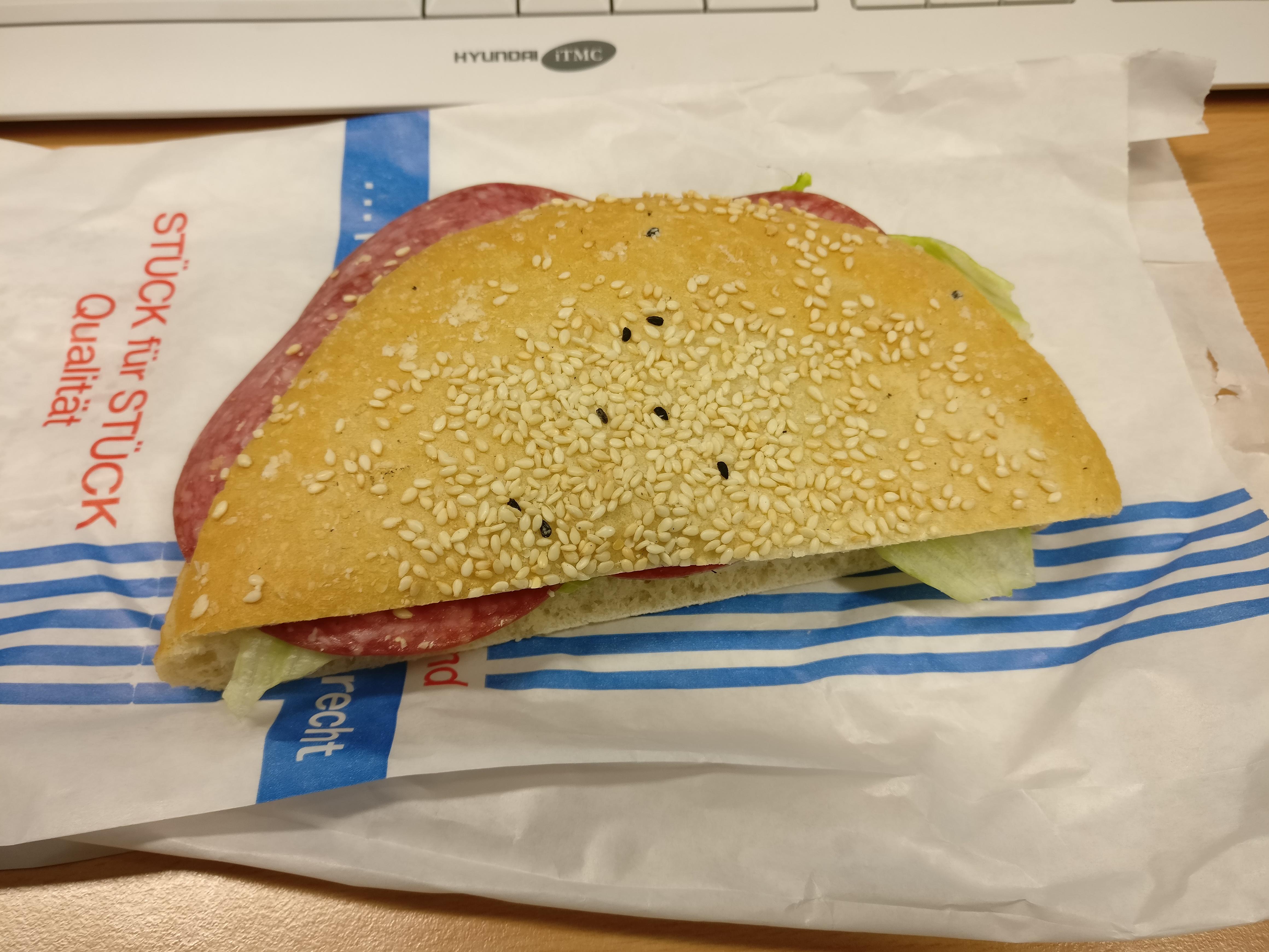 http://foodloader.net/nico_2017-05-02_belegtes-broetchen.jpg