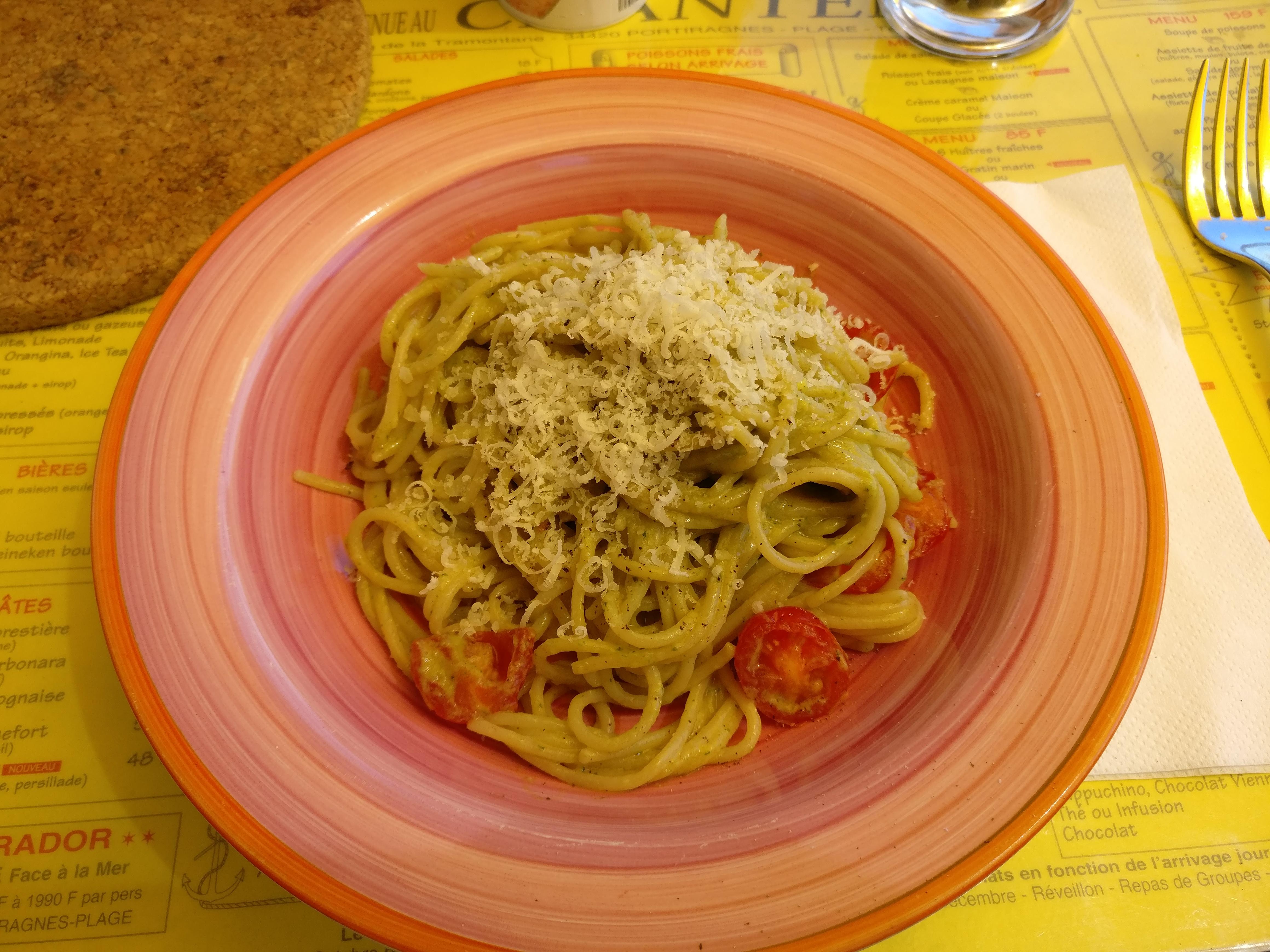 http://foodloader.net/nico_2017-05-27_spaghetti-mit-avocado-sauce.jpg