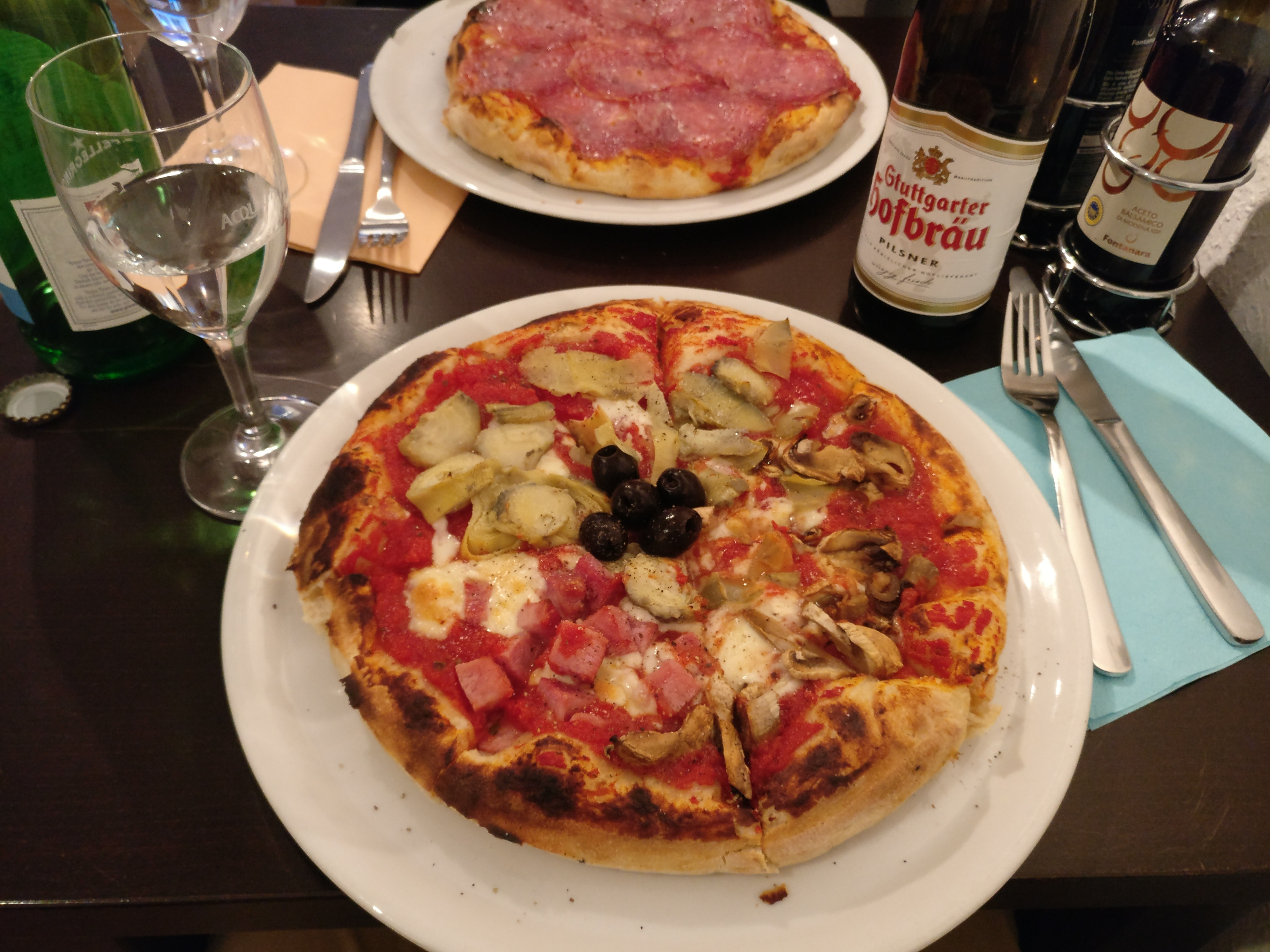 http://foodloader.net/nico_2017-06-06_pizza-vier-jahreszeiten.jpg