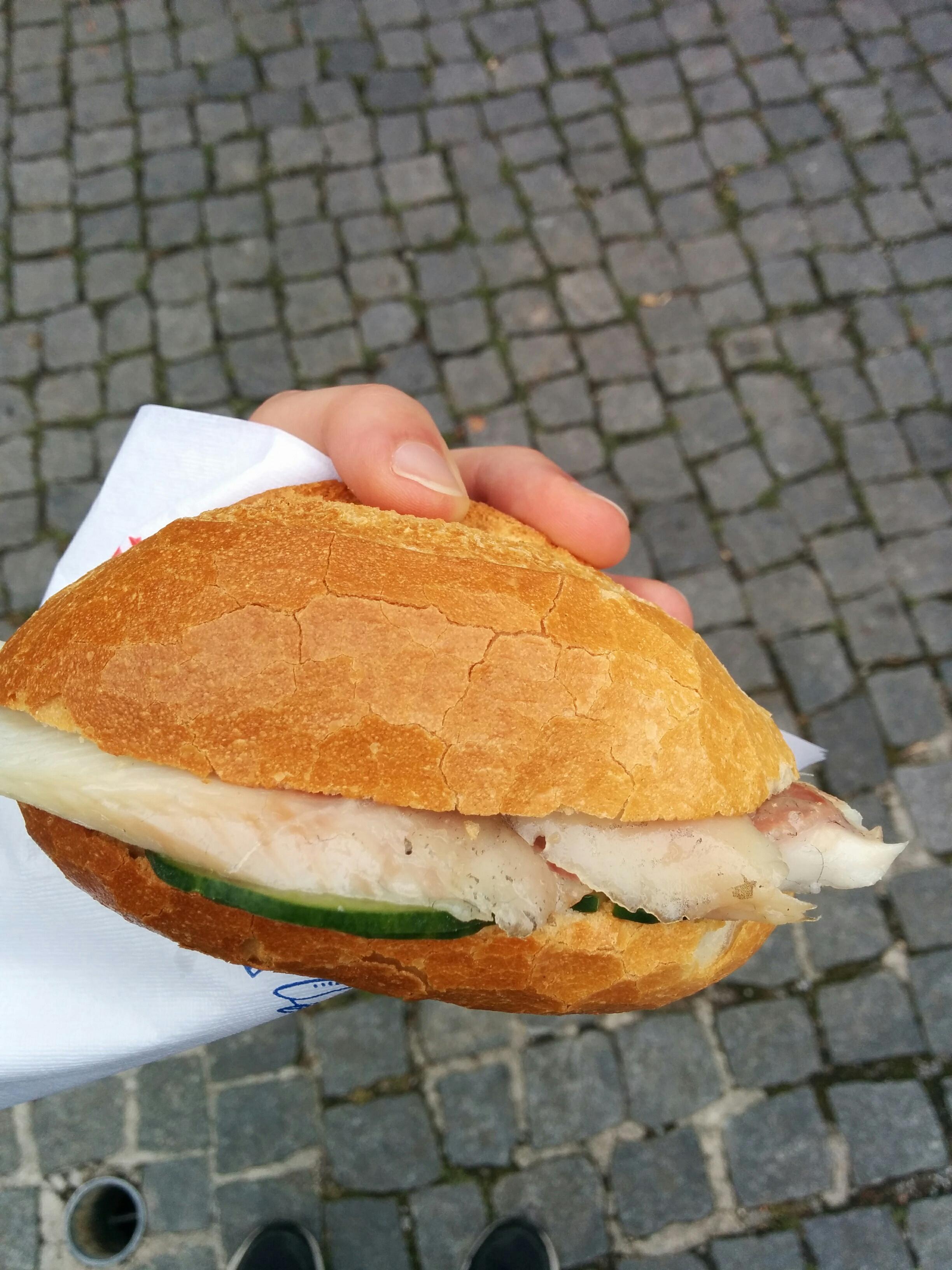 http://foodloader.net/nico_2017-07-11_aalbroetchen.jpg